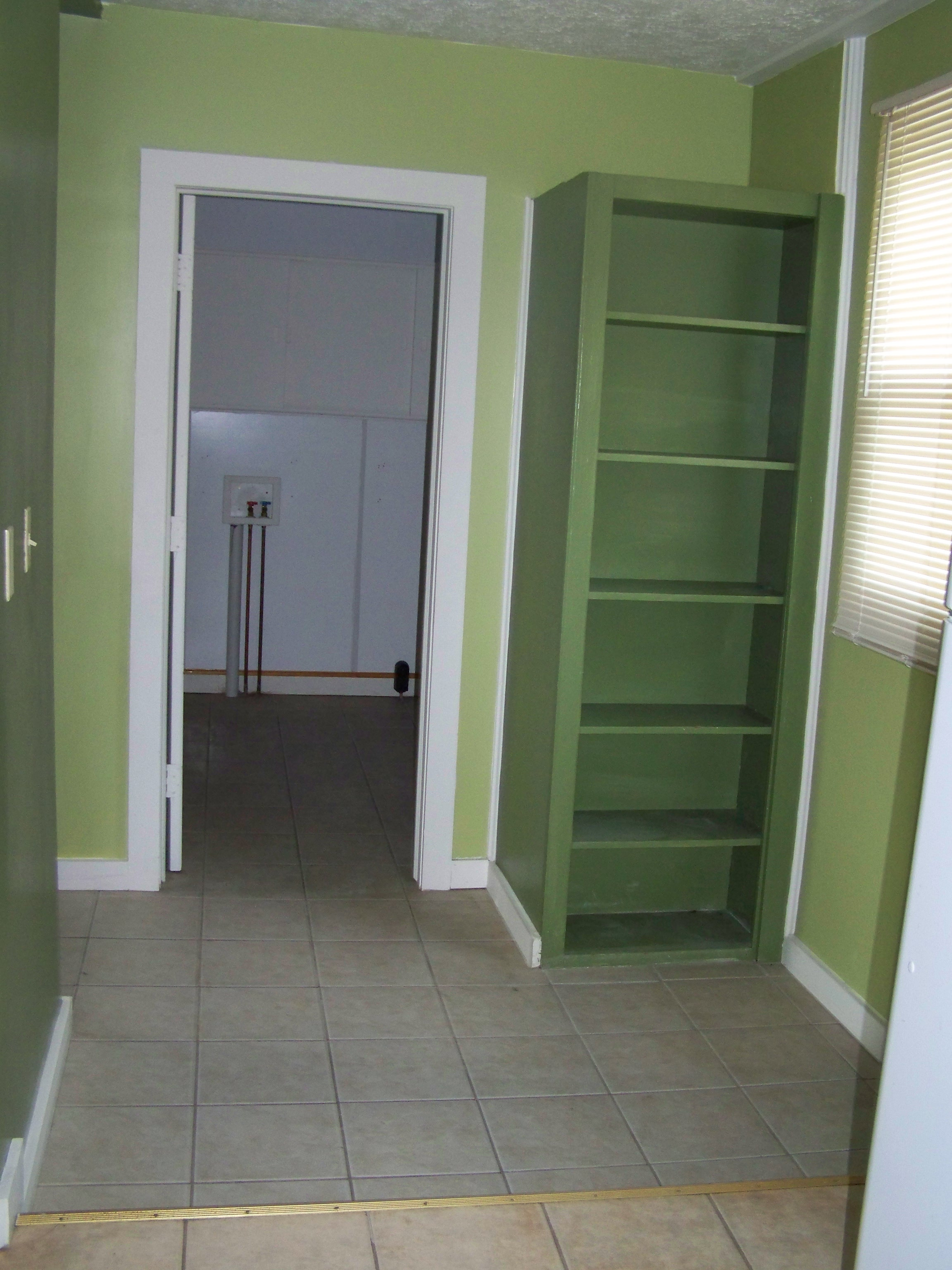Kitchen Entry & Laundry Room - The day I got my keys (2011)