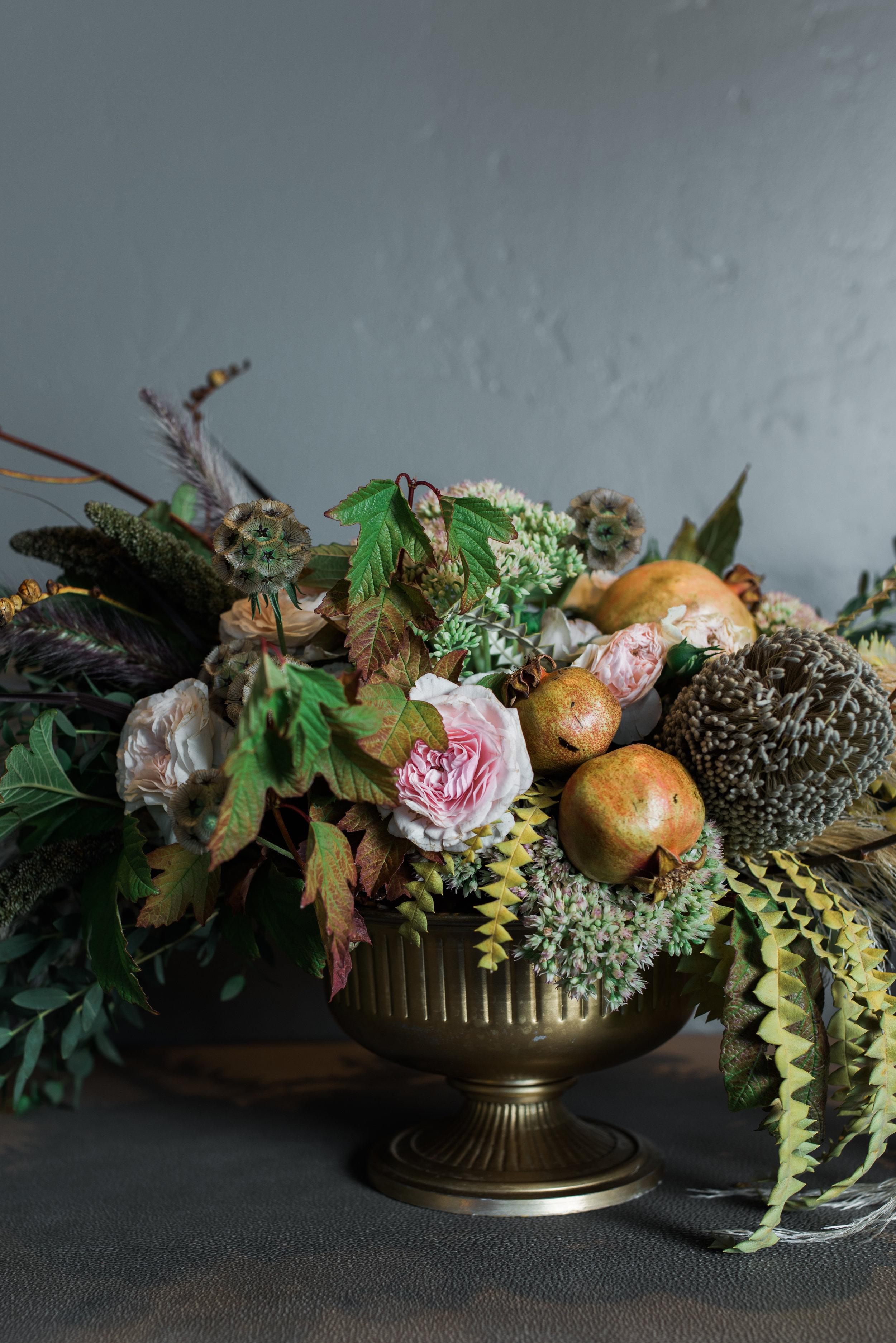 FletcherRhodes_Floral styling _DiningRm.jpg