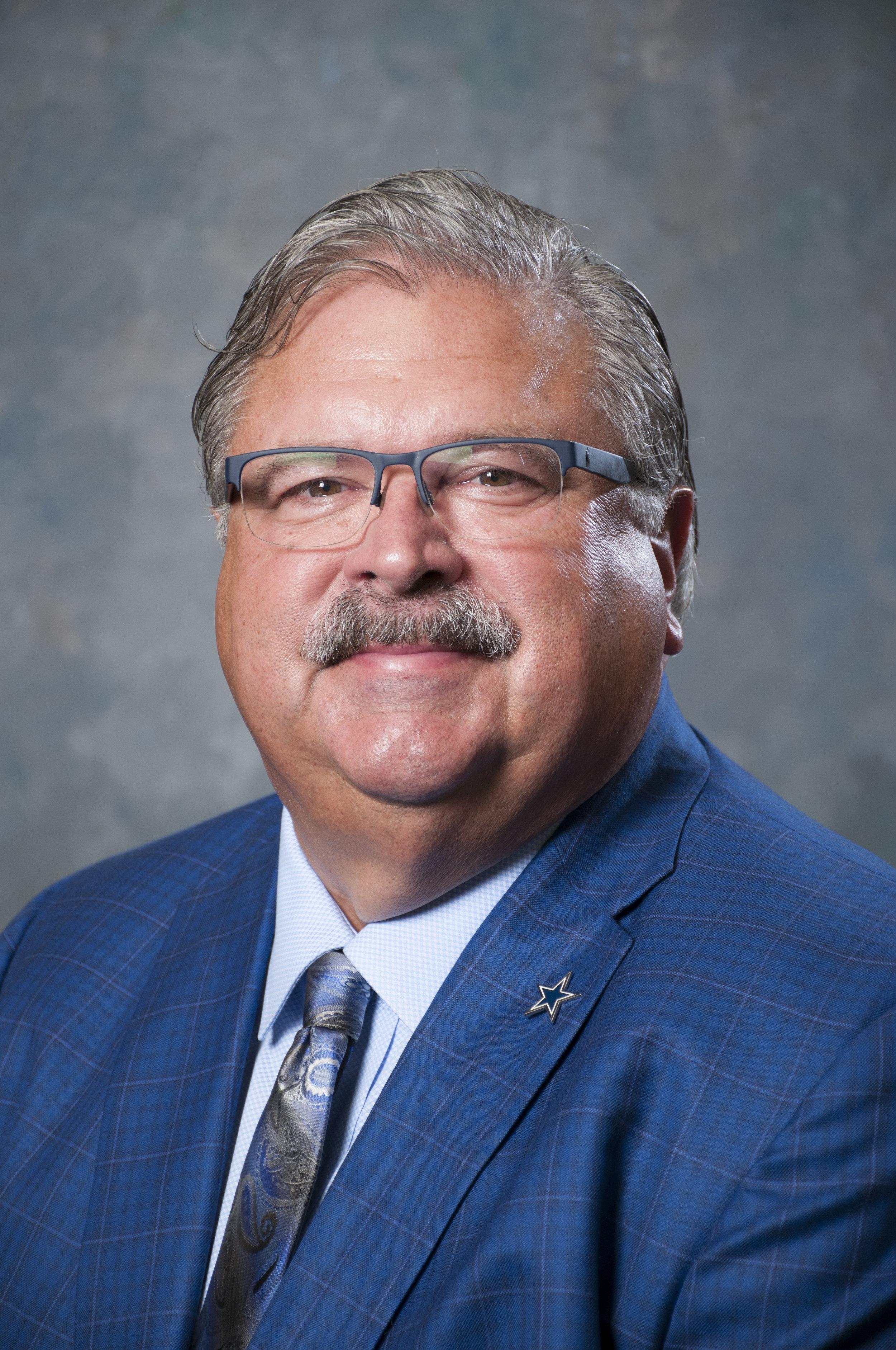 Randy Lann,  Member