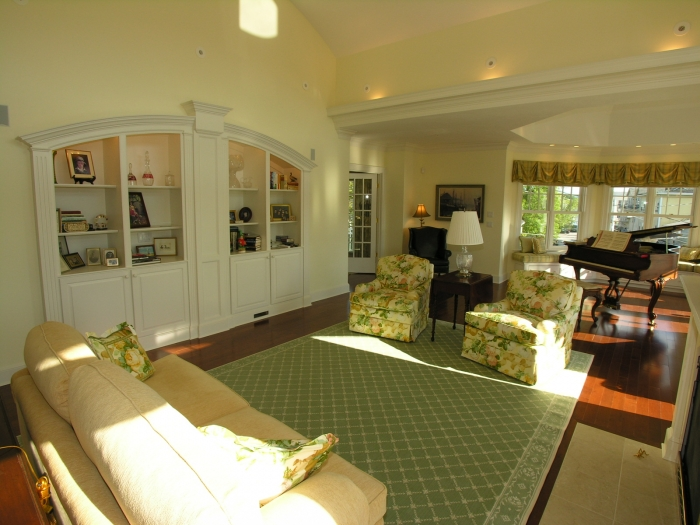 living room with built ins.jpg