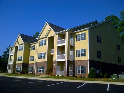 Mountain Island Lake Apartments - Charlotte, NC