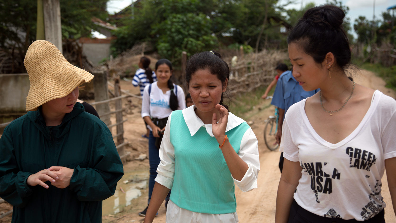UME-HER-Cambodia-villagevisit-3.jpg