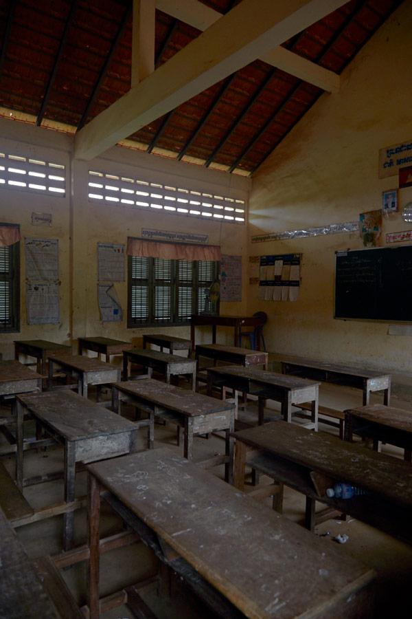 UME-HER-Cambodia-villagevisit-4.jpg