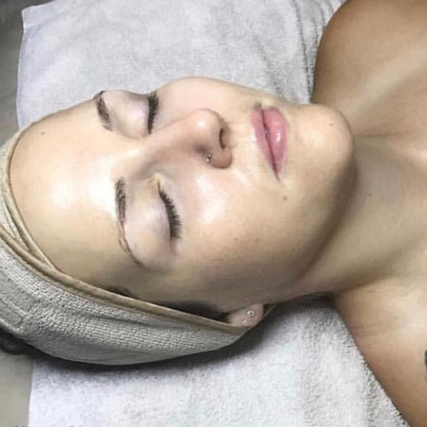 Celuma LED Light Treatment - LED is a powerful, highly effective treatment for acne, aging, and scarred skin. By laying under the LED treatment it will stimulate a greater cell turnover, improved circulation, and lymphatic activity. Building collagen and elastin to reveal healthy balanced skin.