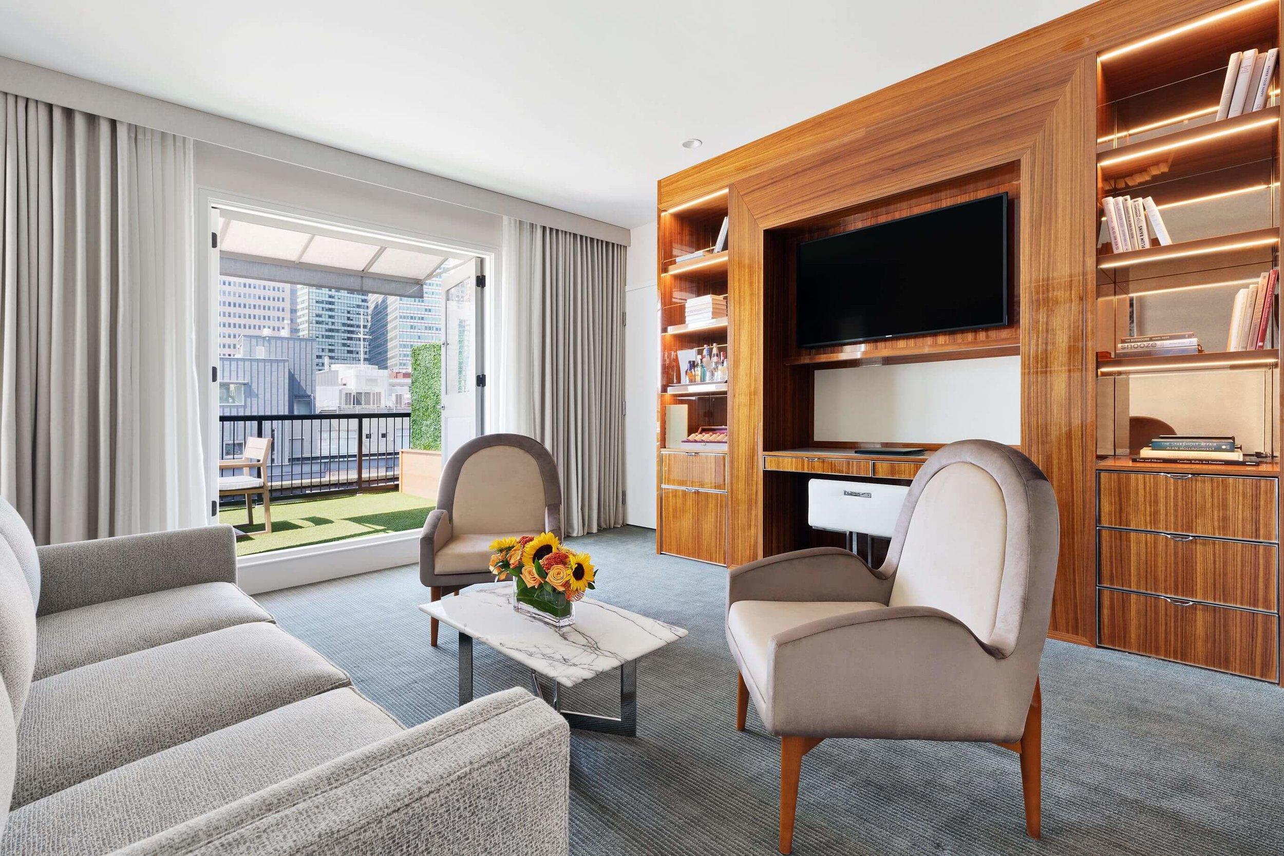 ddp_1365_compressed-c-suite-living-room.jpg