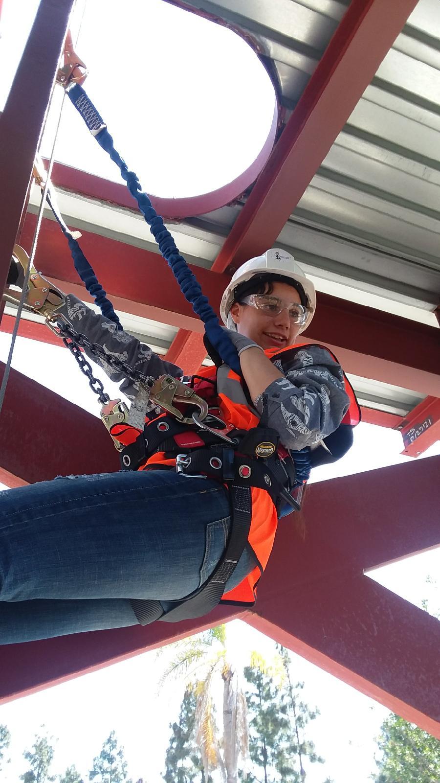Apprentice Climbing-4.JPG
