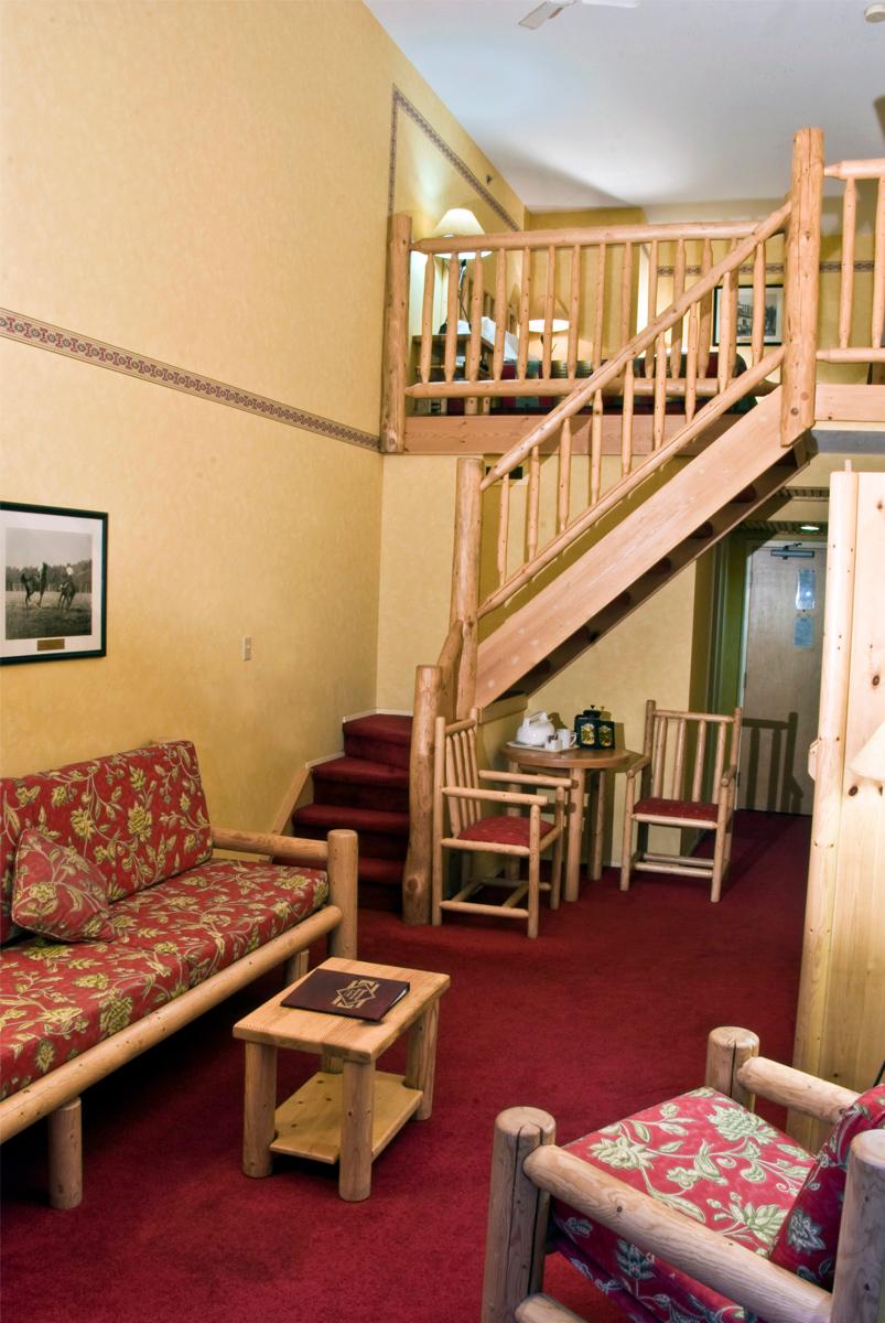 BML LoftBalcony W Stairs_02-SML.jpg