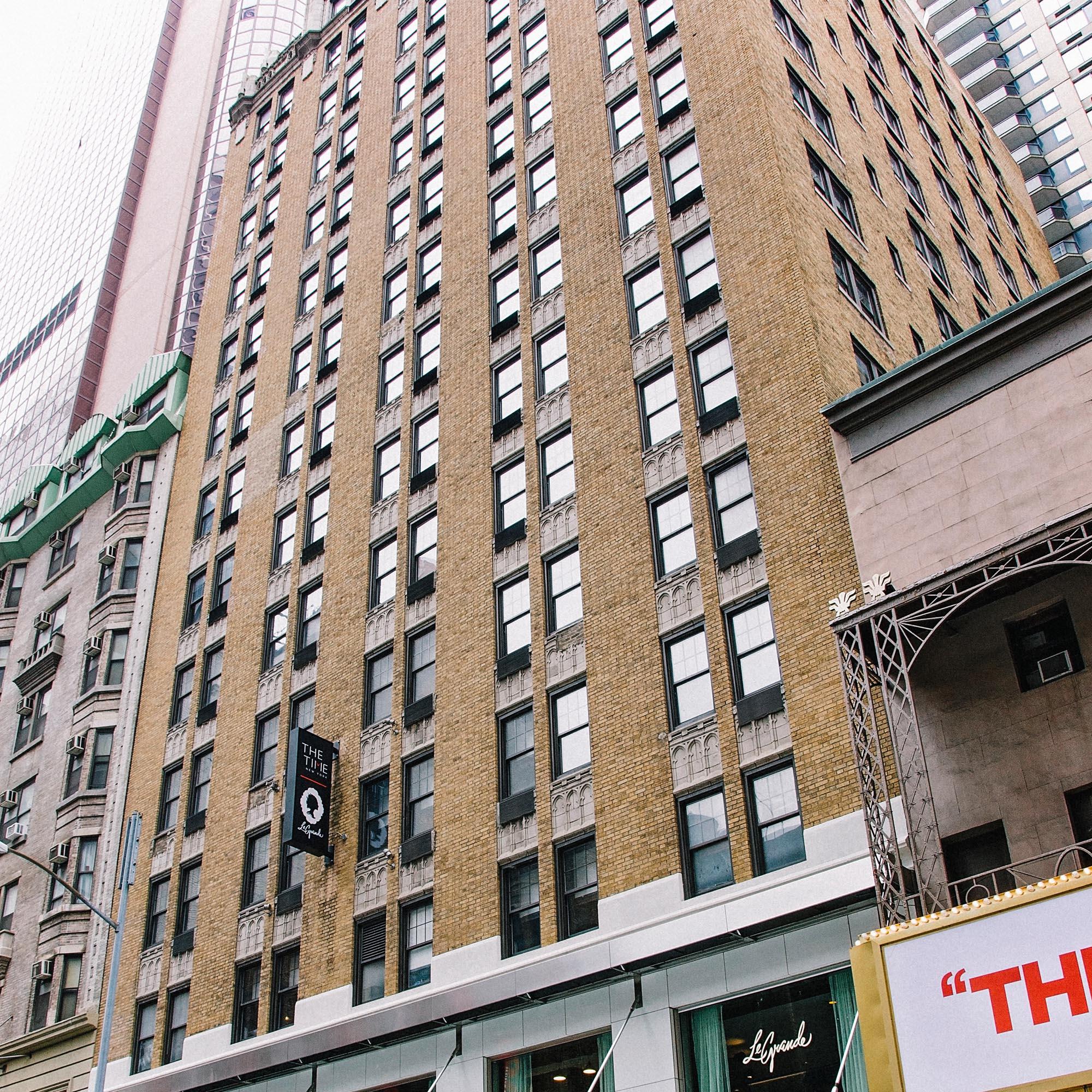 nyc-photographers-REAL-ESTATE-PHOTOSHOOT-10012.jpg