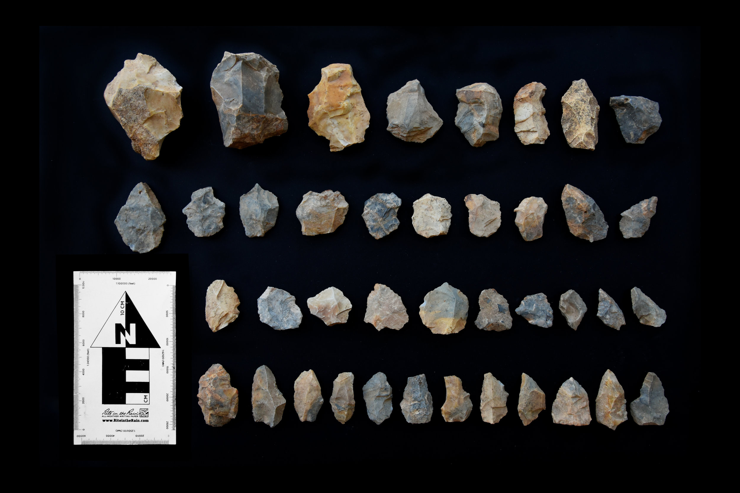 Middle Palaeolithic cores and flake tools