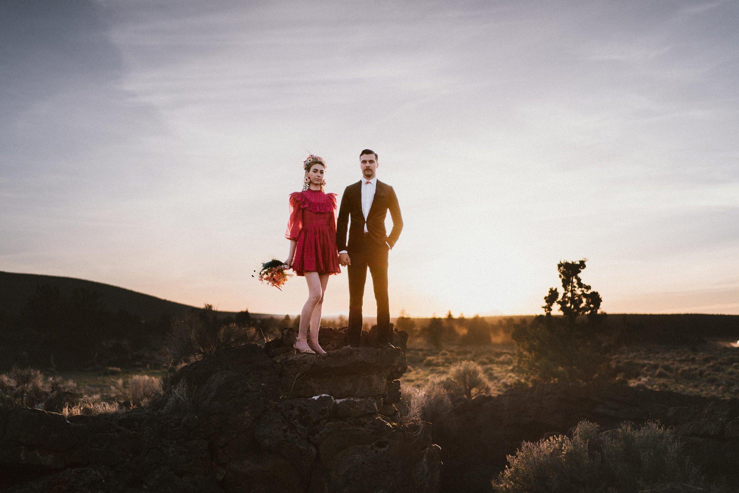 TONY-GAMBINO-PHOTOGRAPHY-BEND-OREGON-WEDDING-SHOOT_1491 Couple Sunset.jpg