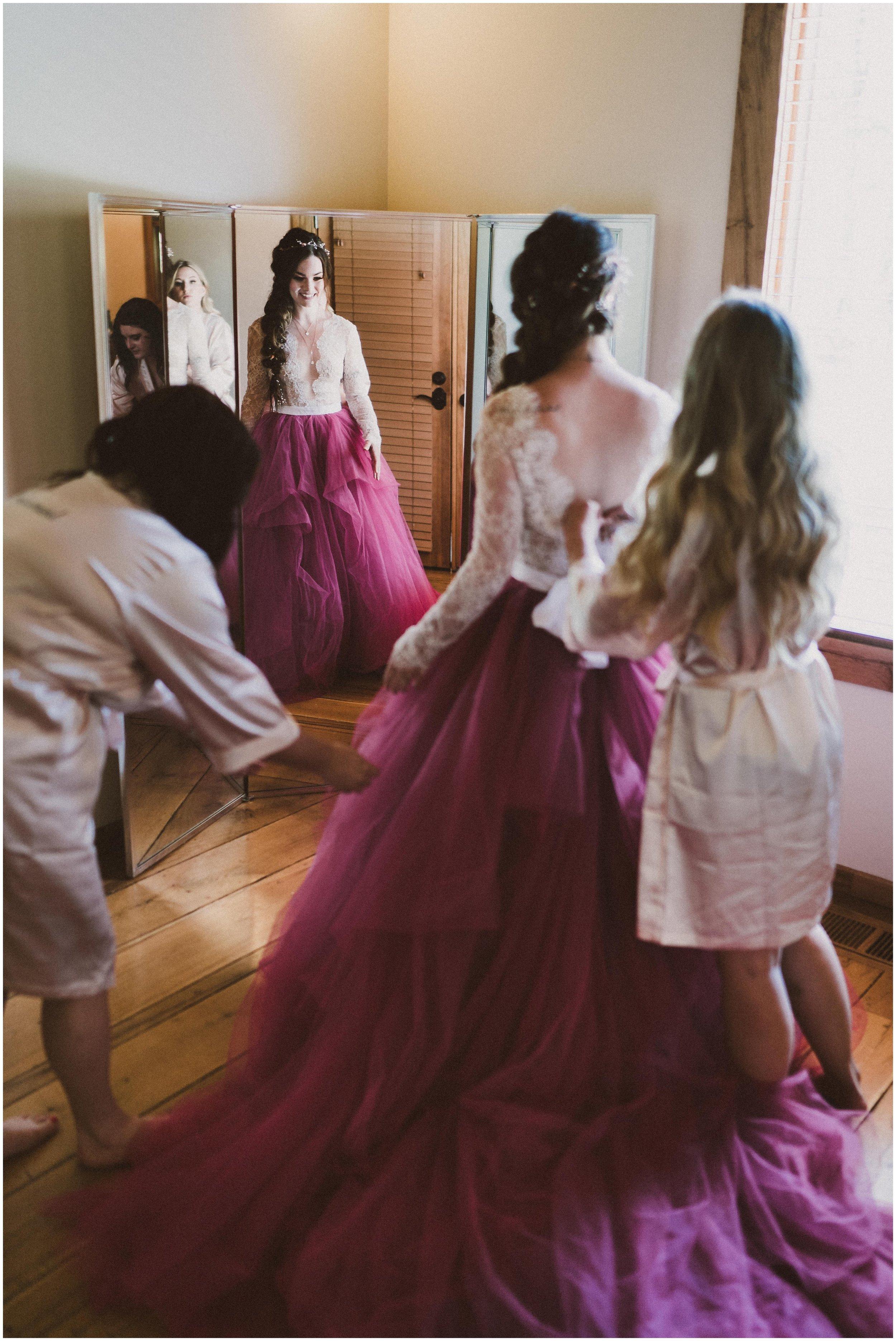 TONY-GAMBINO-PHOTOGRAPHY-BEND-OREGON-WEDDING-SHOOT-000_1505 wedding dress.jpg