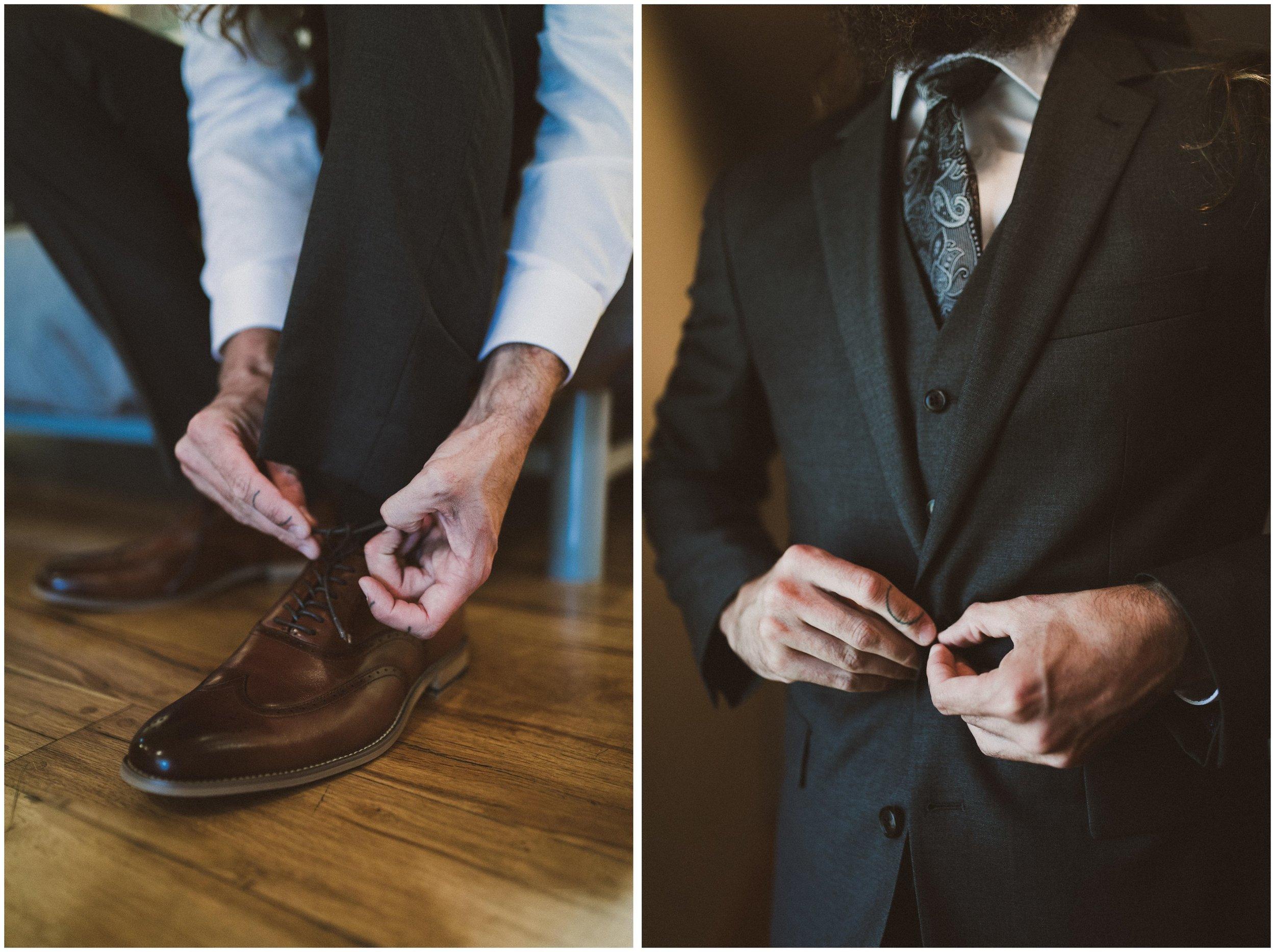TONY-GAMBINO-PHOTOGRAPHY-BEND-OREGON-WEDDING-SHOOT-000_1508 groom suit shoes.jpg