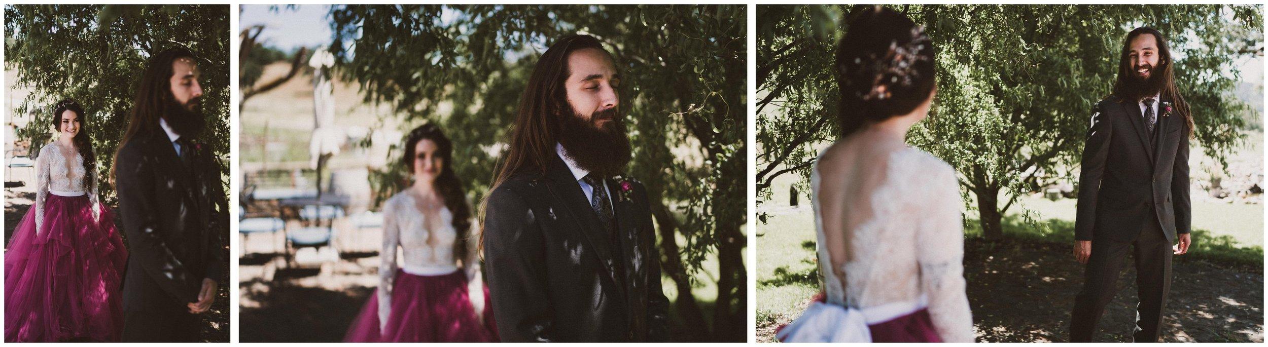 TONY-GAMBINO-PHOTOGRAPHY-BEND-OREGON-WEDDING-SHOOT-000_1513 first look.jpg