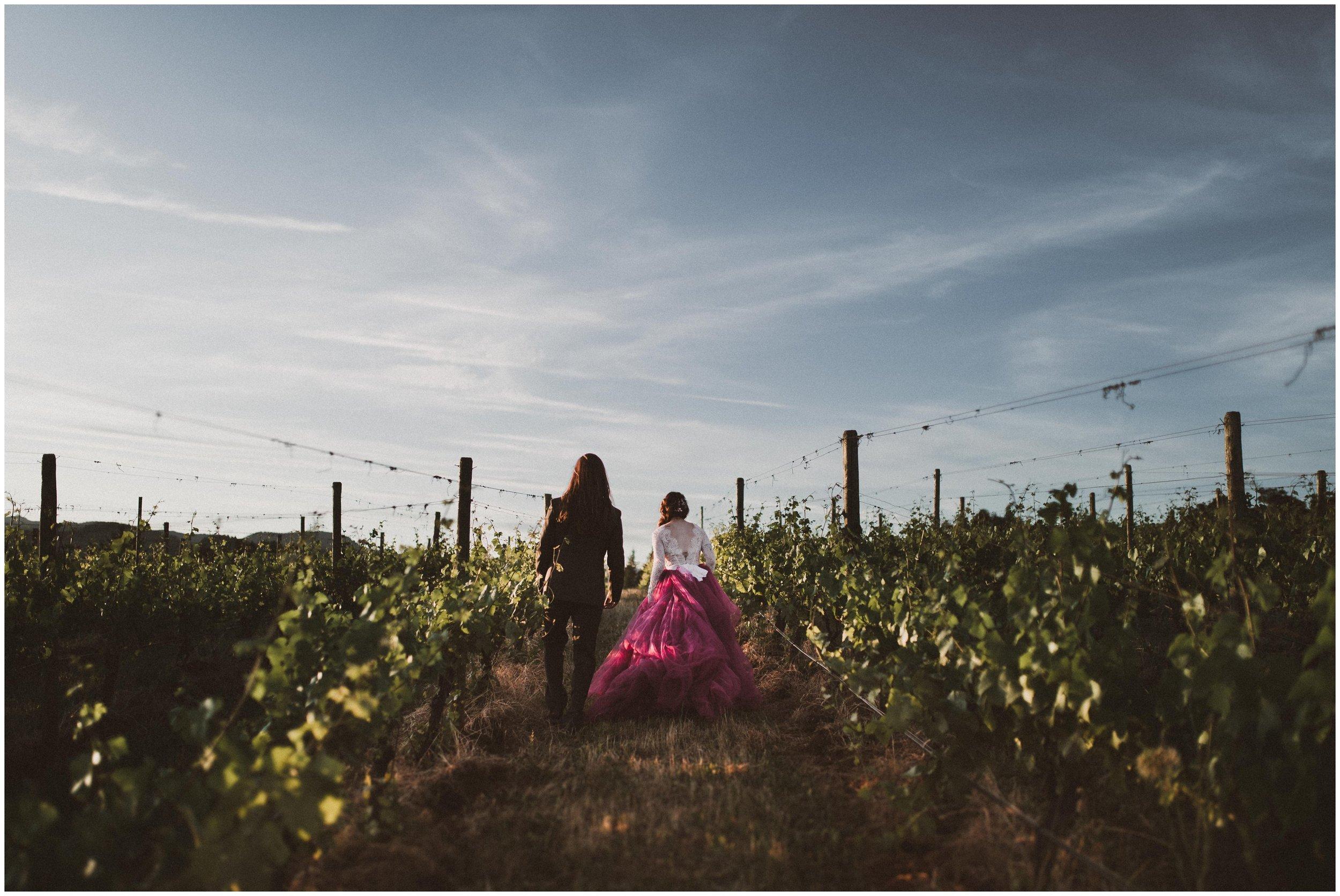 TONY-GAMBINO-PHOTOGRAPHY-BEND-OREGON-WEDDING-SHOOT-000_1537.jpg