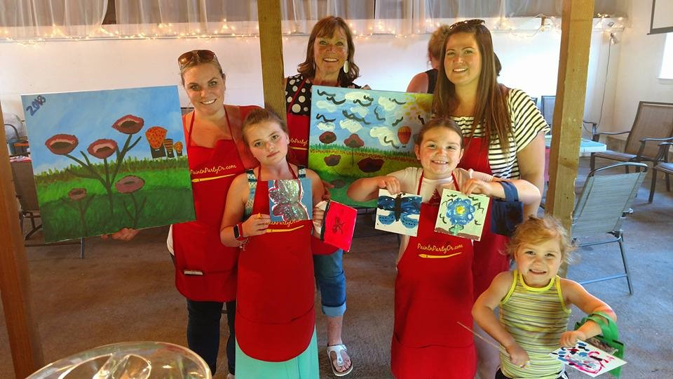 "kids'n canvas ""tote kits"" party table kept these little artists busy while mom's painted! -"