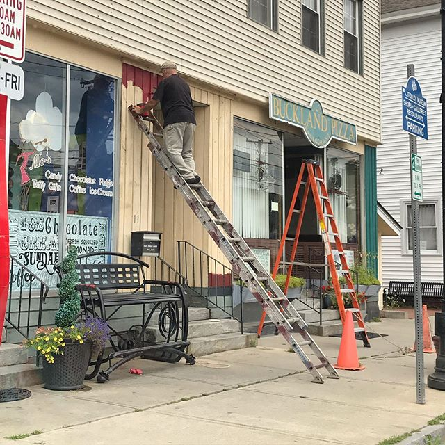 Saw  this guy on Friday using a ladder in a crazy way.  For every 4 feet in elevation a ladder should be 1 foot from the wall.  So we're waaaaaaaaaay off here.  Have a safe week y'all!