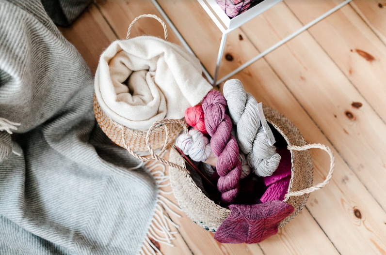 Socks Yarn.png