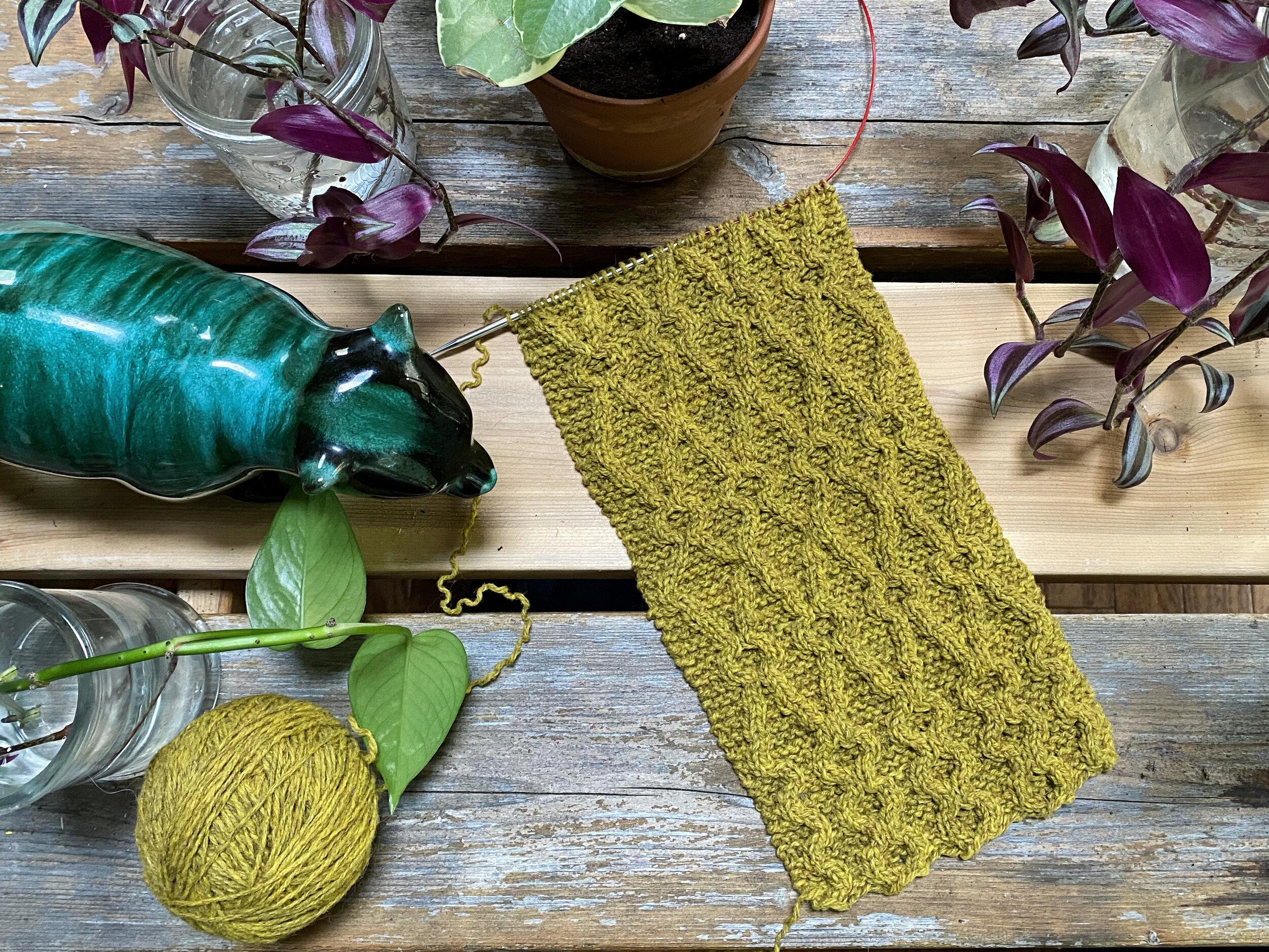 Claire's Watershed, knit in De Rerum Natura Gilliatt (Genêt)