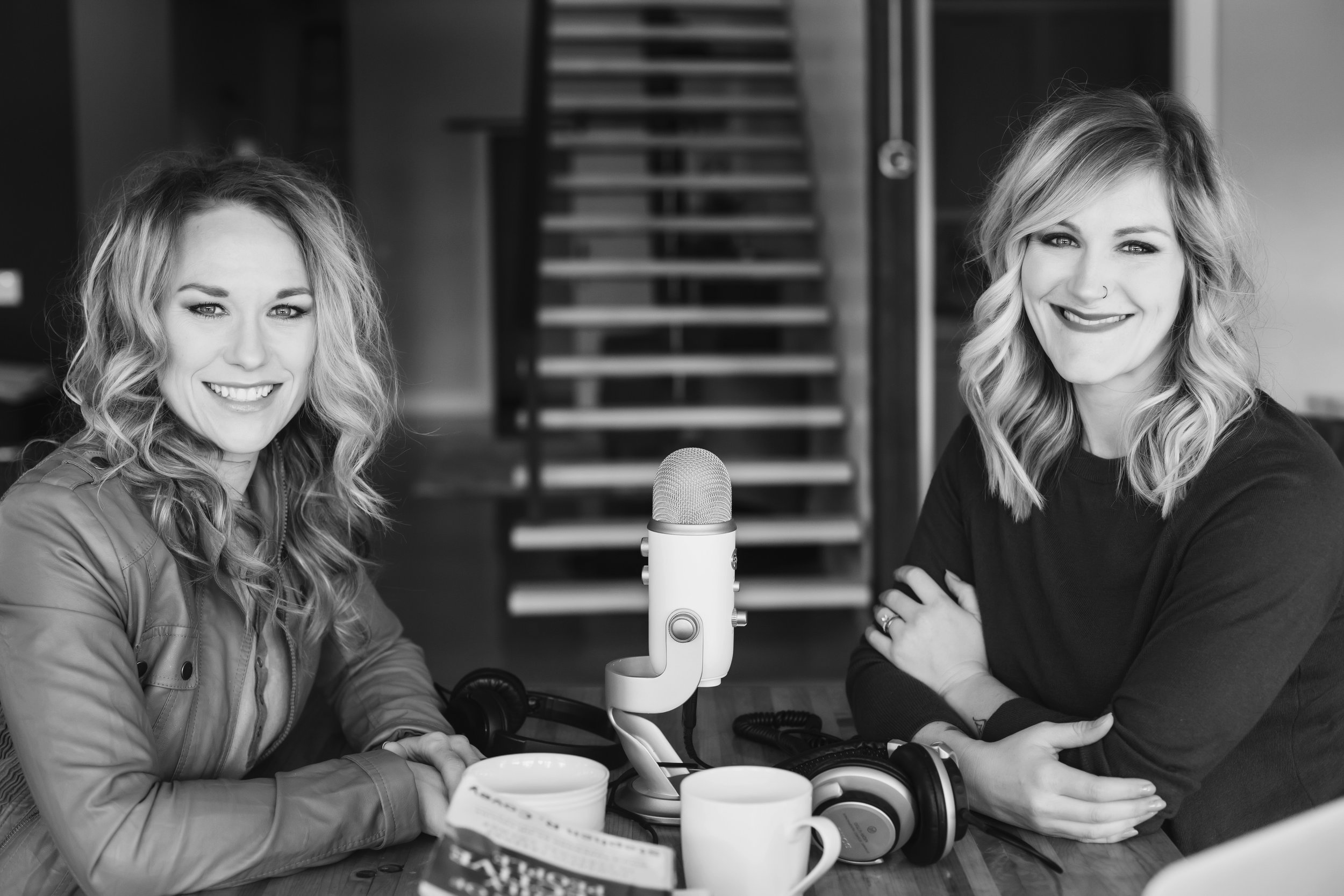 Axispodcast - Encouraging you to fight for your mind, your body, and your soul...Along with my sister, Erin Simms I host a weekly podcast.Visit Axispodcast for episodes!