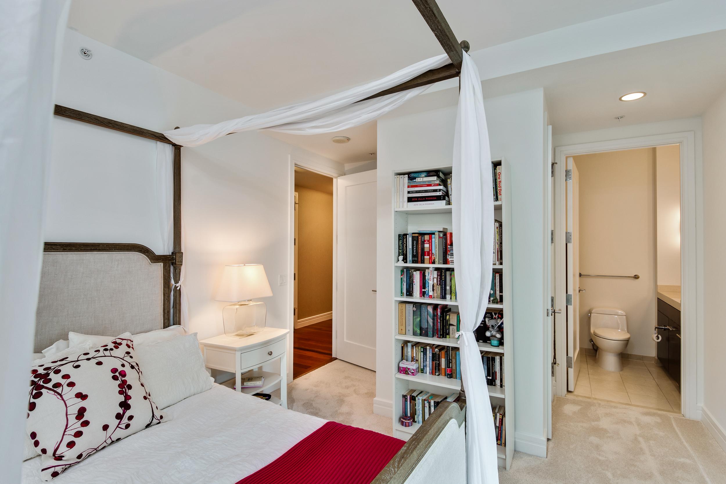Philadelphia Luxury Home Condo-the ritz carlton residences 20H bryant wilde realty9.jpg