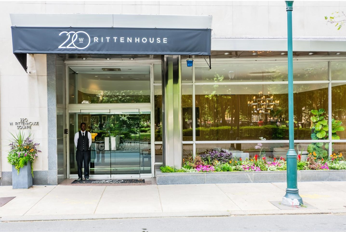 220 rittenhouse sq doorman and entrance.jpg