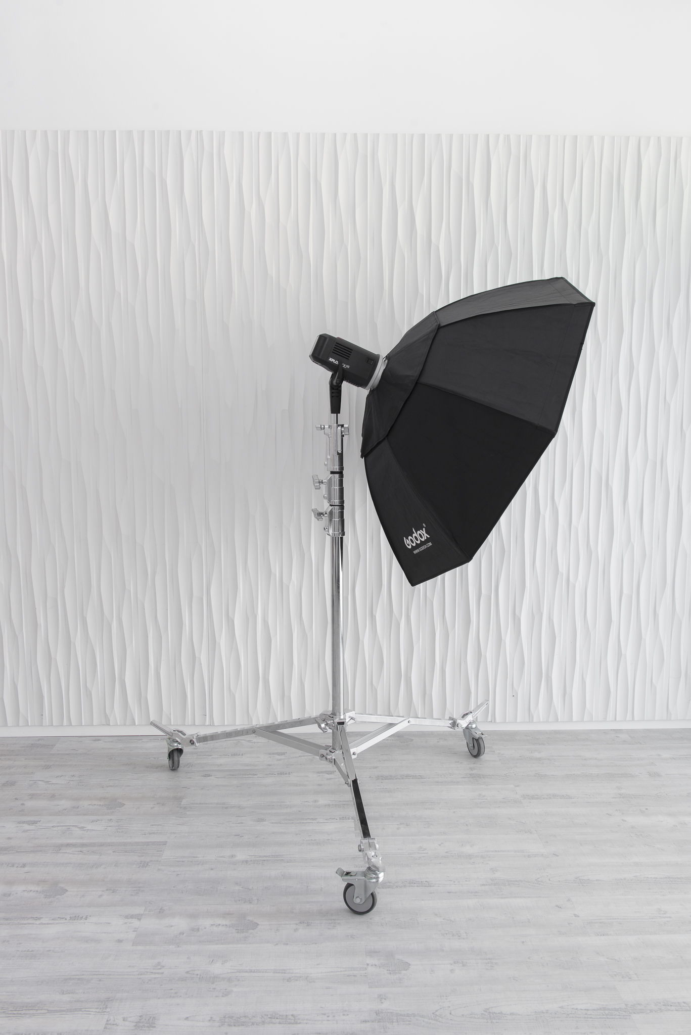 Mobile Rolling Light Stands