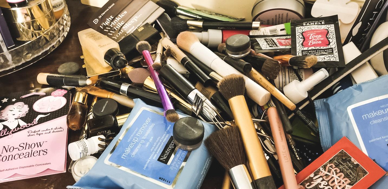 makeup display-1.jpg