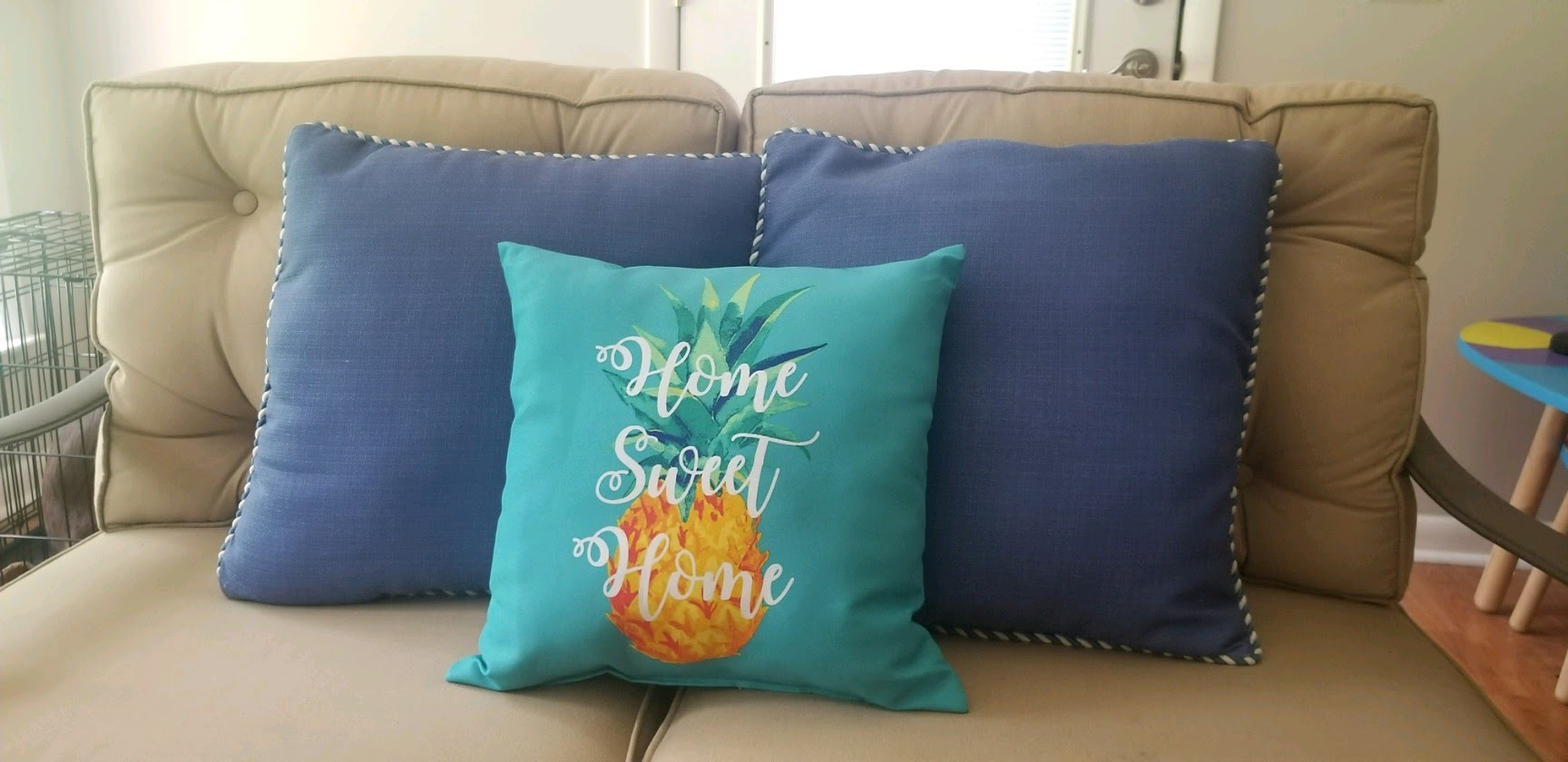 pineapple pillow.jpeg