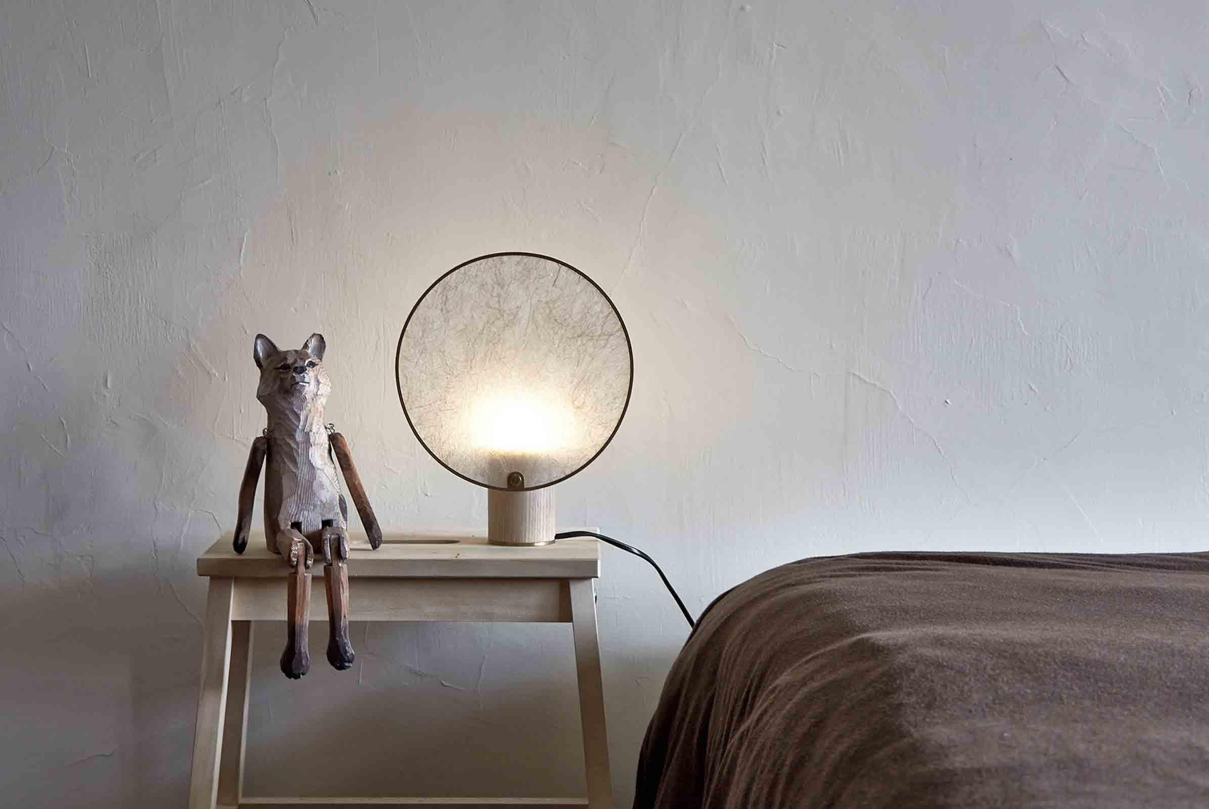 6 screen lamp.jpg