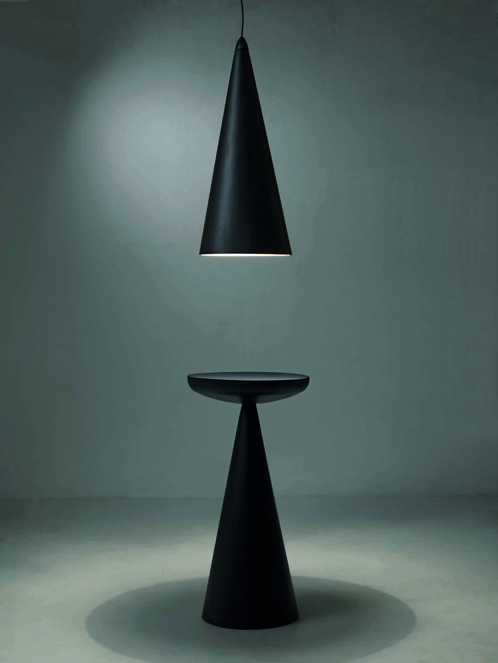 'Lume' pendant and 'Miss' table from imperfetto lab