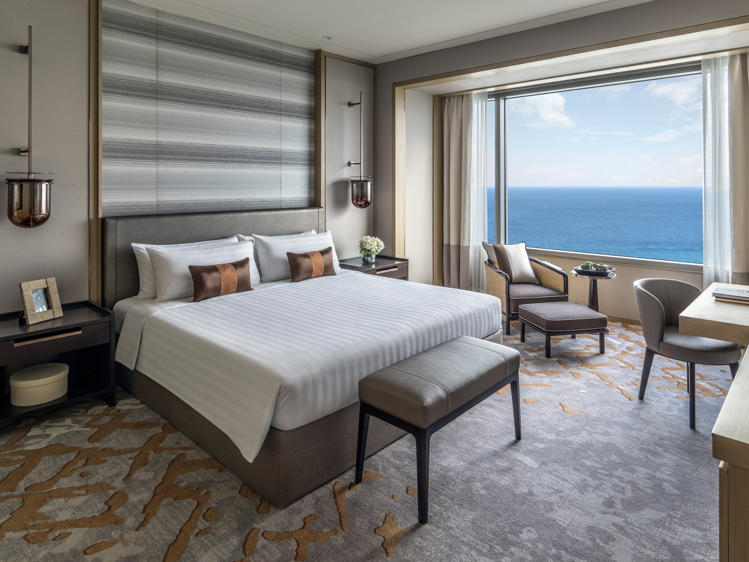LTW_Shangri-La_Colombo_Serviced_Apartment_Bedroom-(Credit-Shangri-La-Colombo).jpg