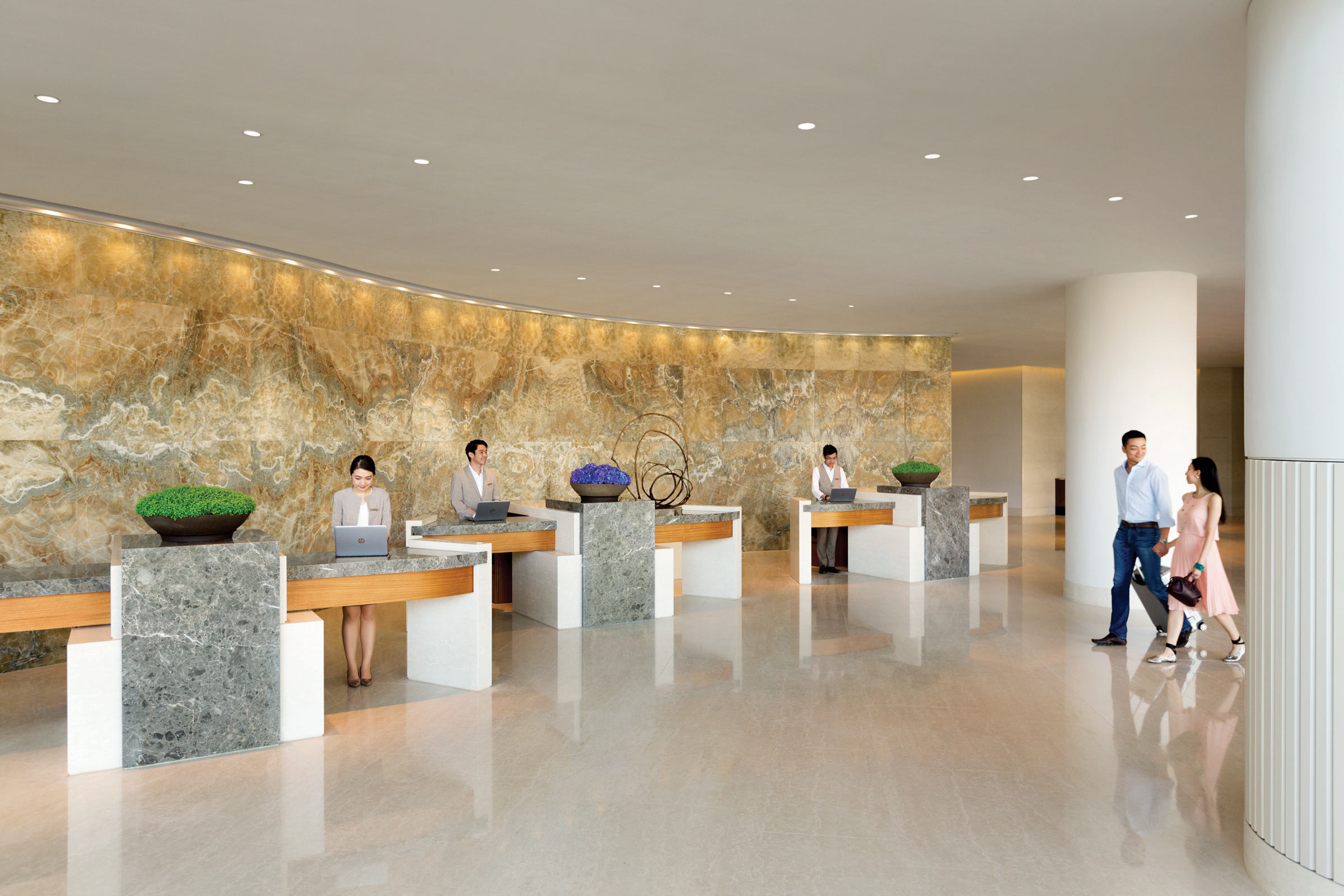 Kerry-Hotel-Hong-Kong---Lobby-Front-Desk---1196347.jpg