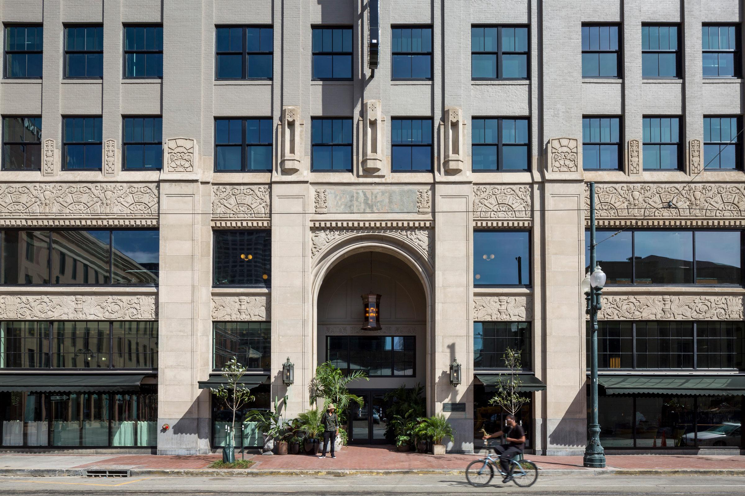 Ace-Hotel-New-Orleans_IMG_1855mcedit_Fran-Parente.jpg