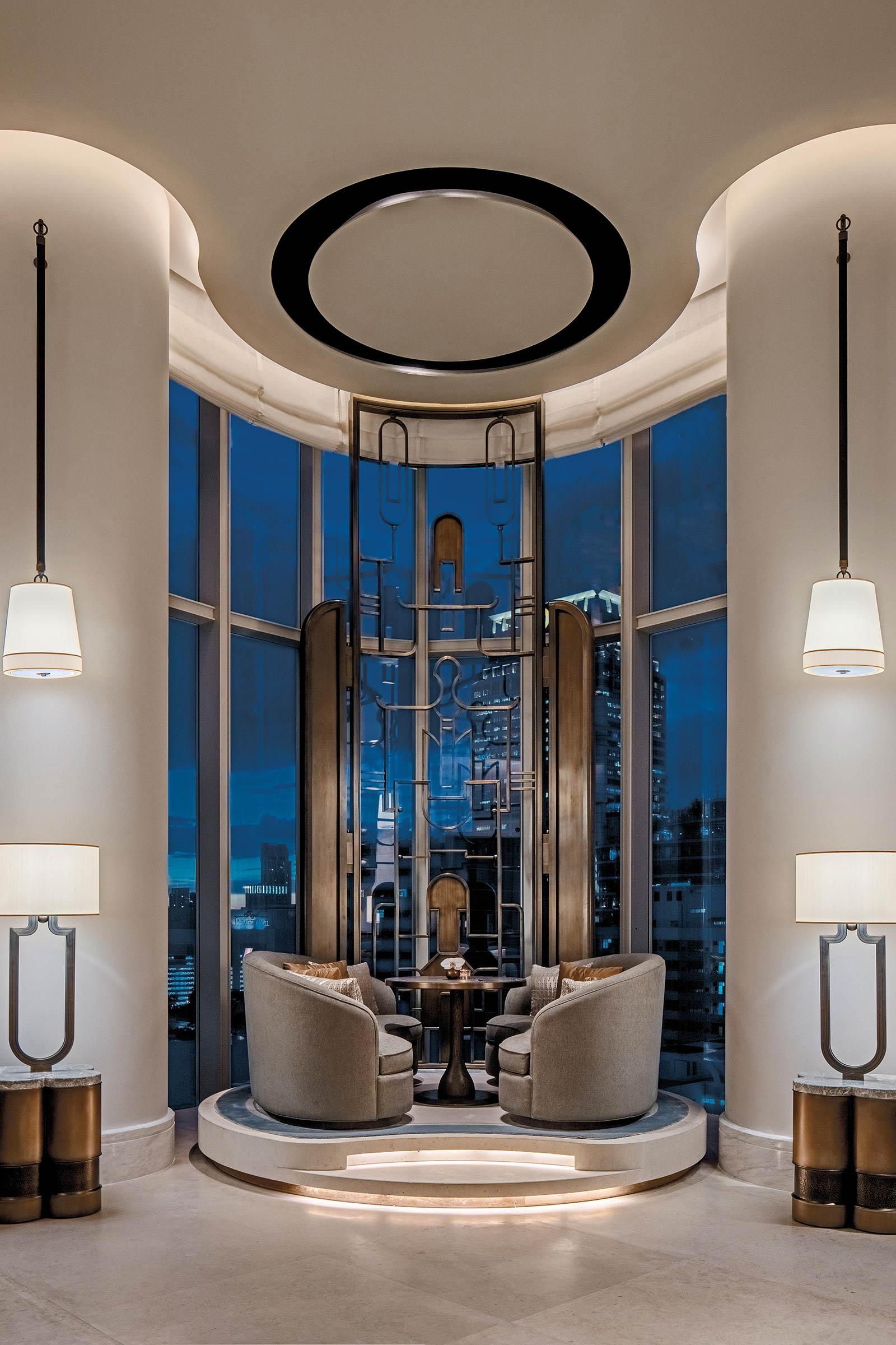 Embargoed-31.08.18---Waldorf-Astoria-Bangkok-Peacock-Stage.jpg