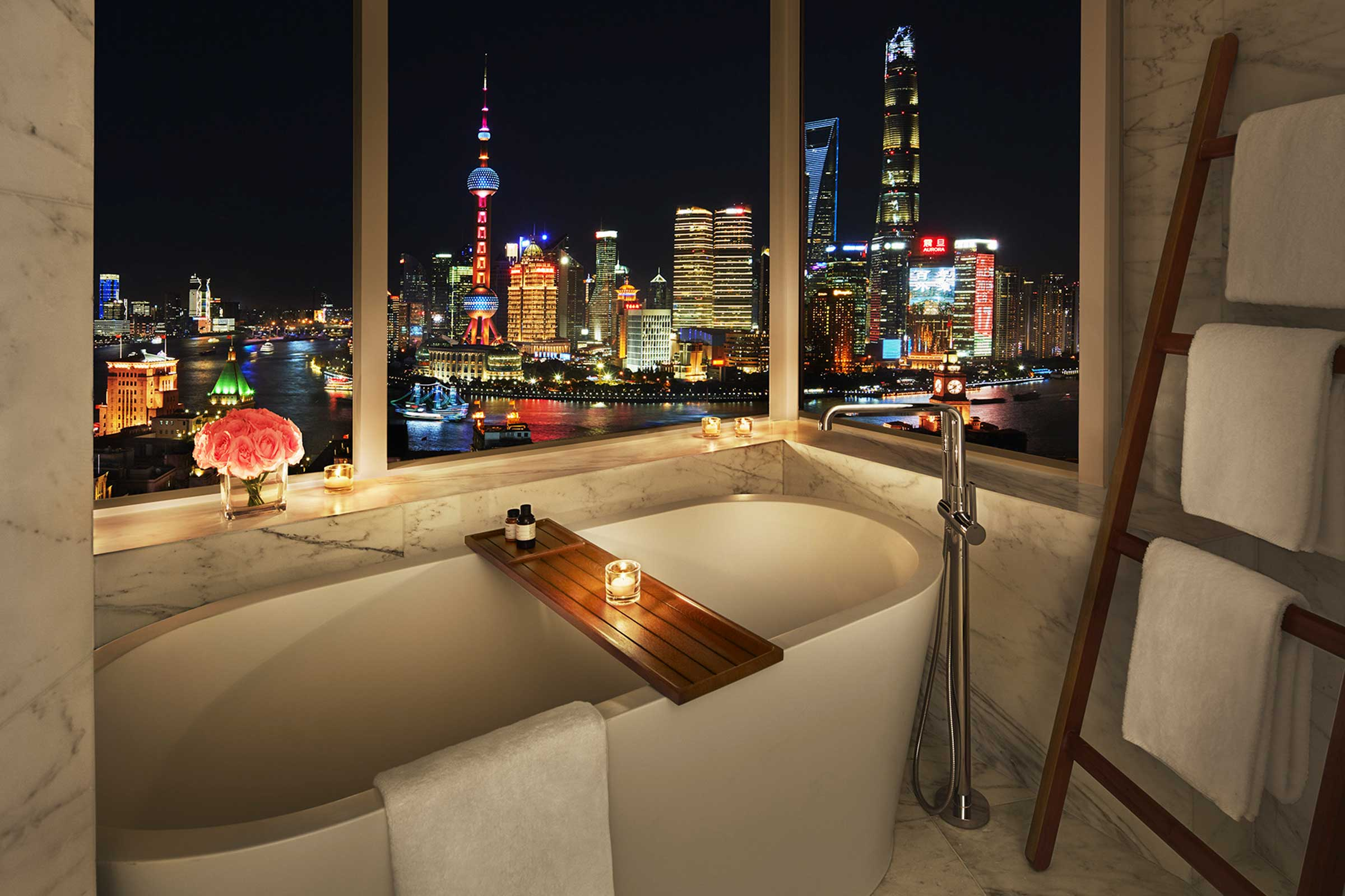 Bund-View-Suite---Bathroom.jpg
