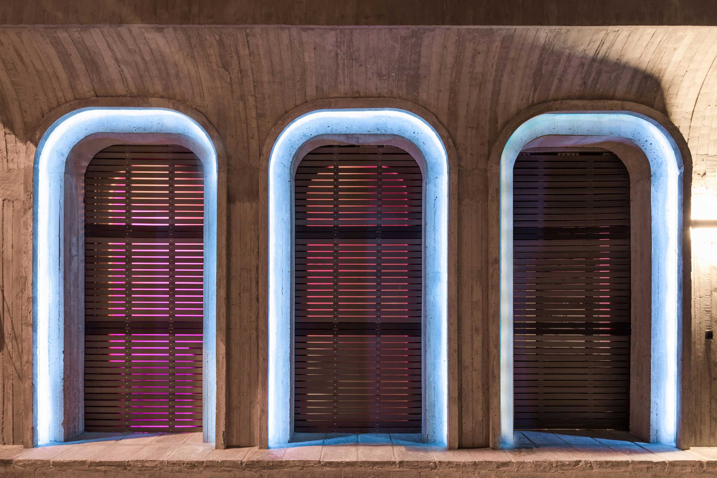 quad-house-ARCHISTRY-nolan-chao-06---the-facade-with-the-light.jpg