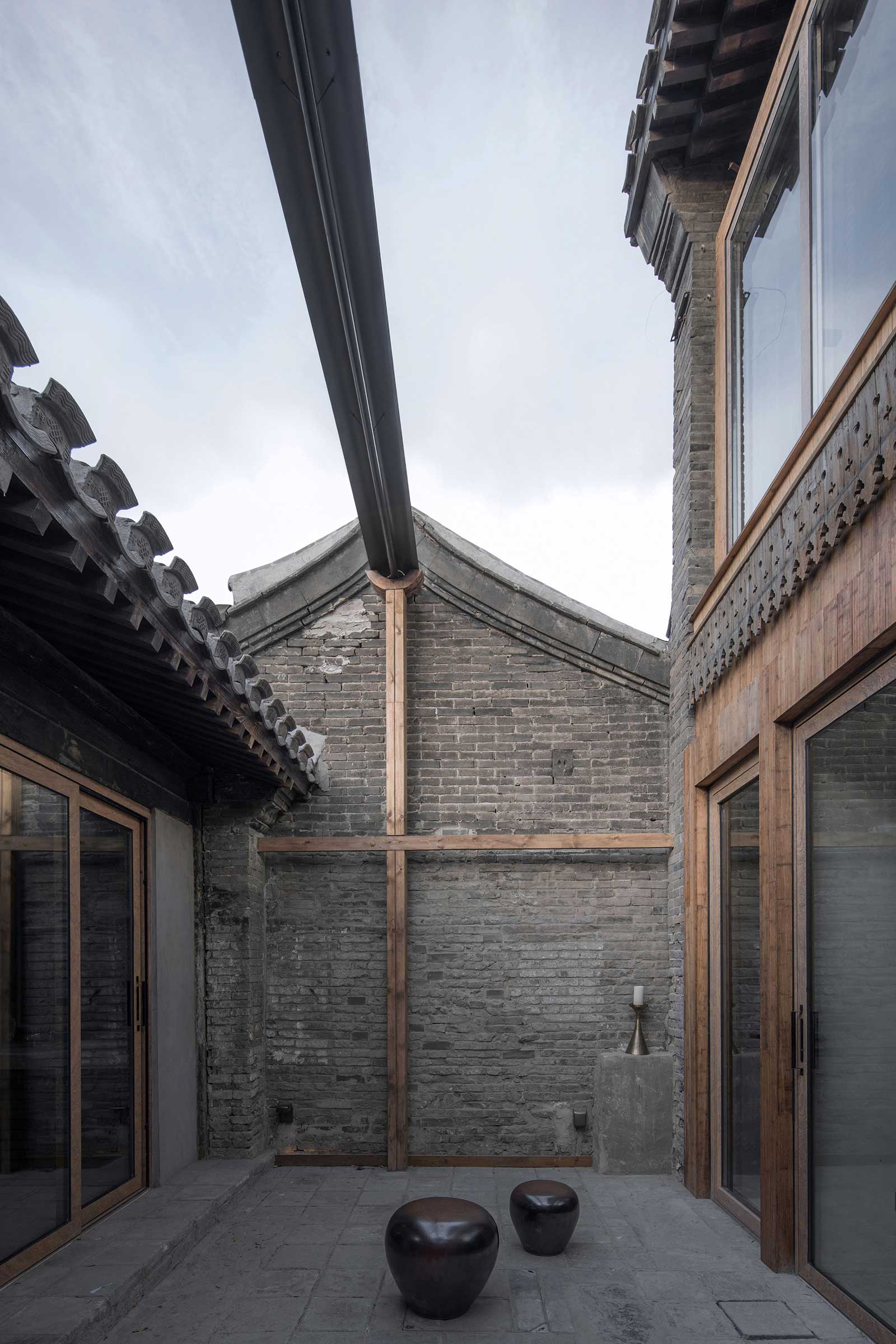 quad-house-ARCHISTRY-nolan-chao-18--courtyard-west.jpg