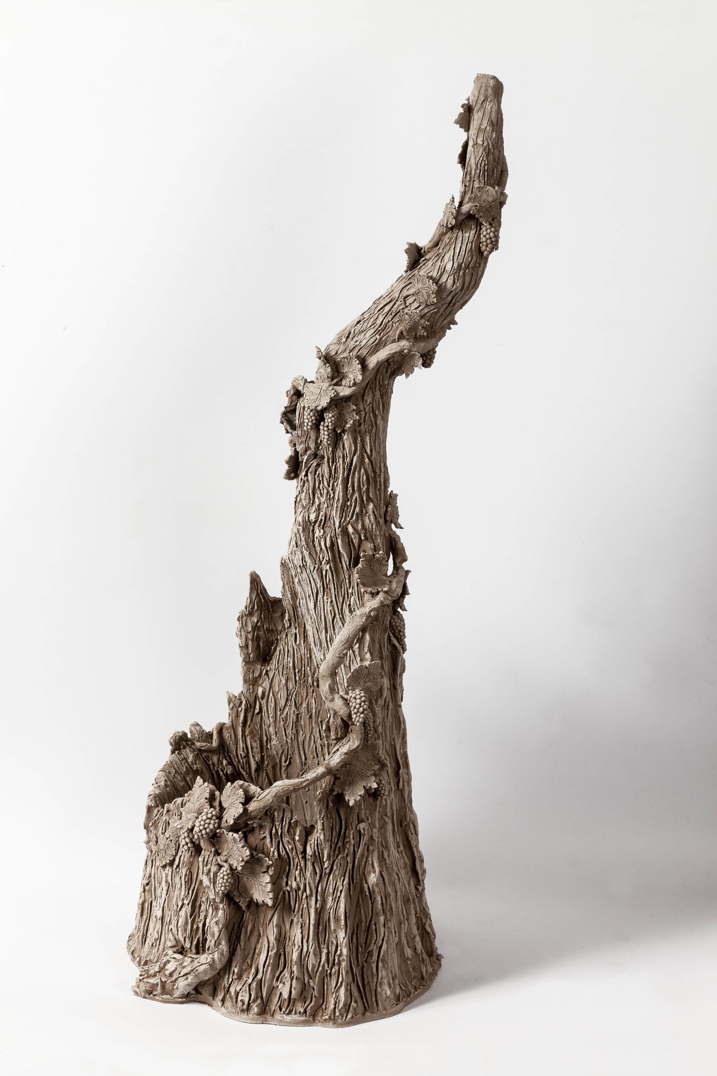 Sentier de vigne , 2016-2017. Terracotta. 91 x 40 x 40 cm