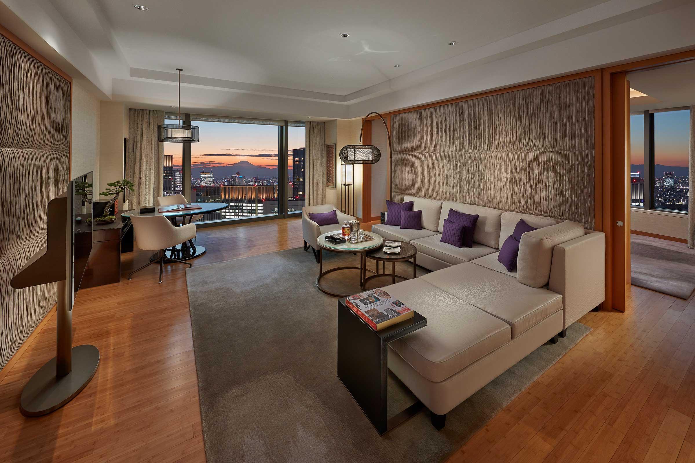 Mandarin-Oriental,-Tokyo_Oriental-Suite_Living-Room.jpg