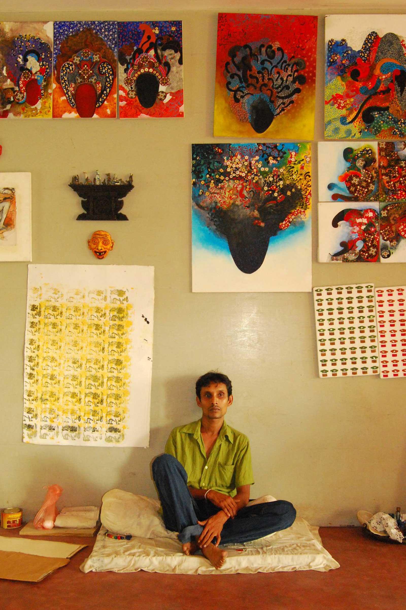 Pala in his studio.