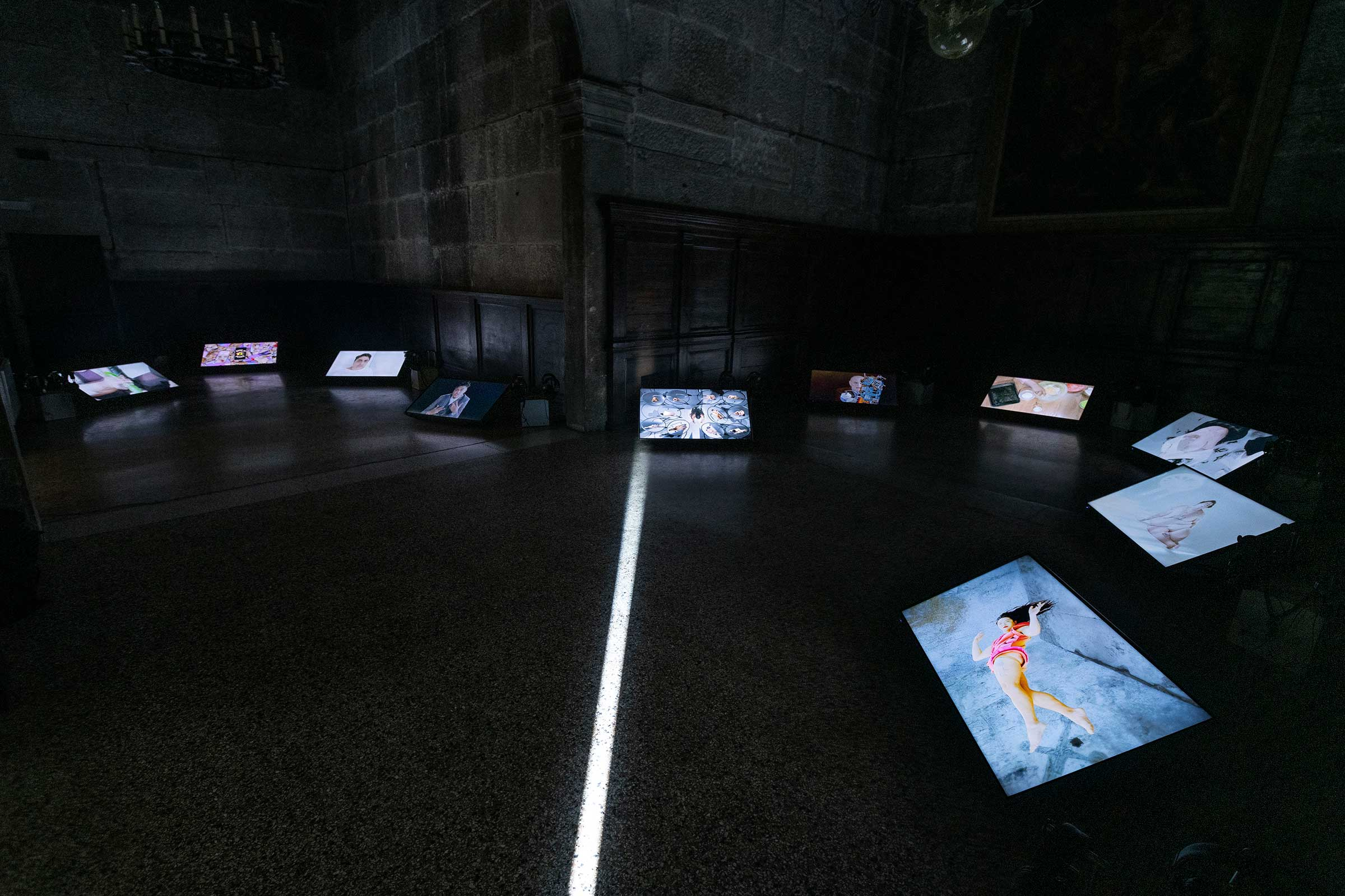 (2)-Shu-Lea-Cheang,-3X3X6,-mixed-media-installation-©-Shu-Lea-Cheang..jpg