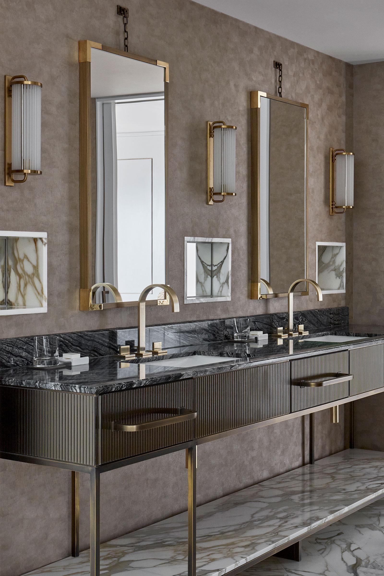 Joyce-Wang-Mandarin-Oriental-Penthouse-(3).jpg