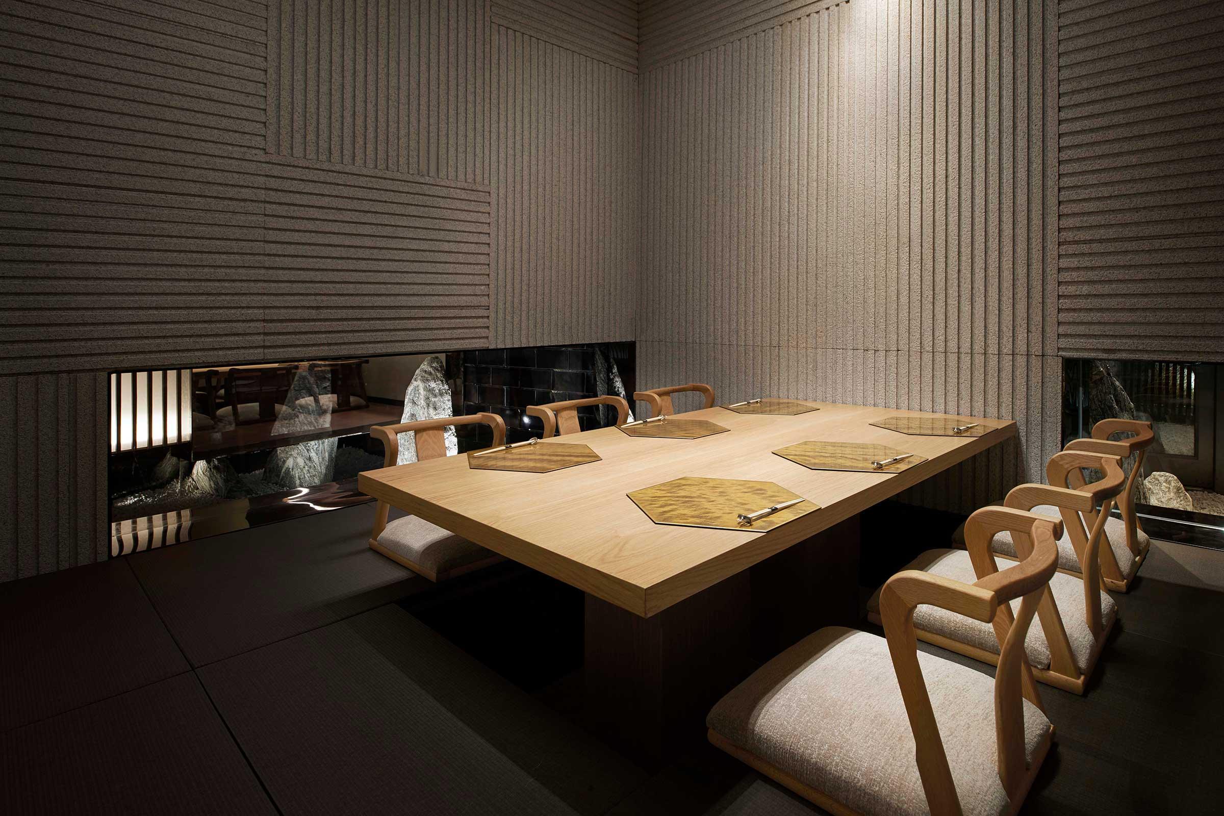 6-person-tatami-room-a.jpg