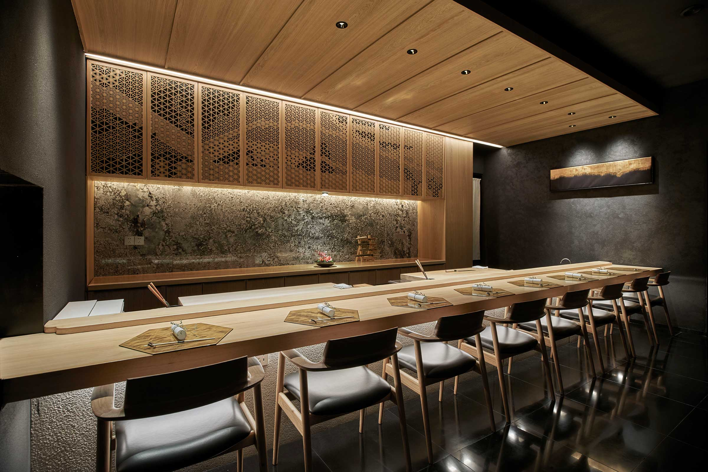 8-person-sushi-room-a.jpg