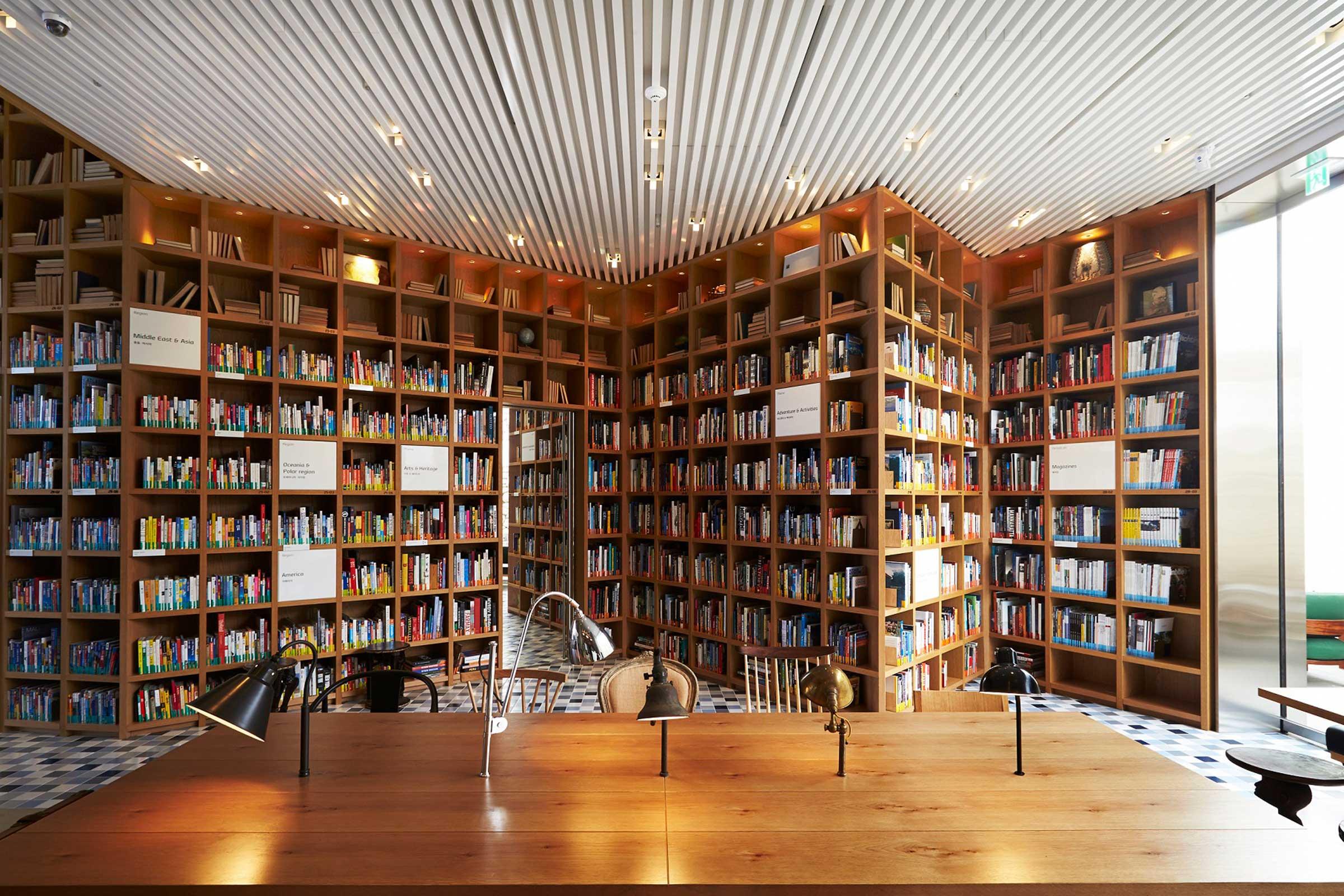 Travel-Library-2.jpg