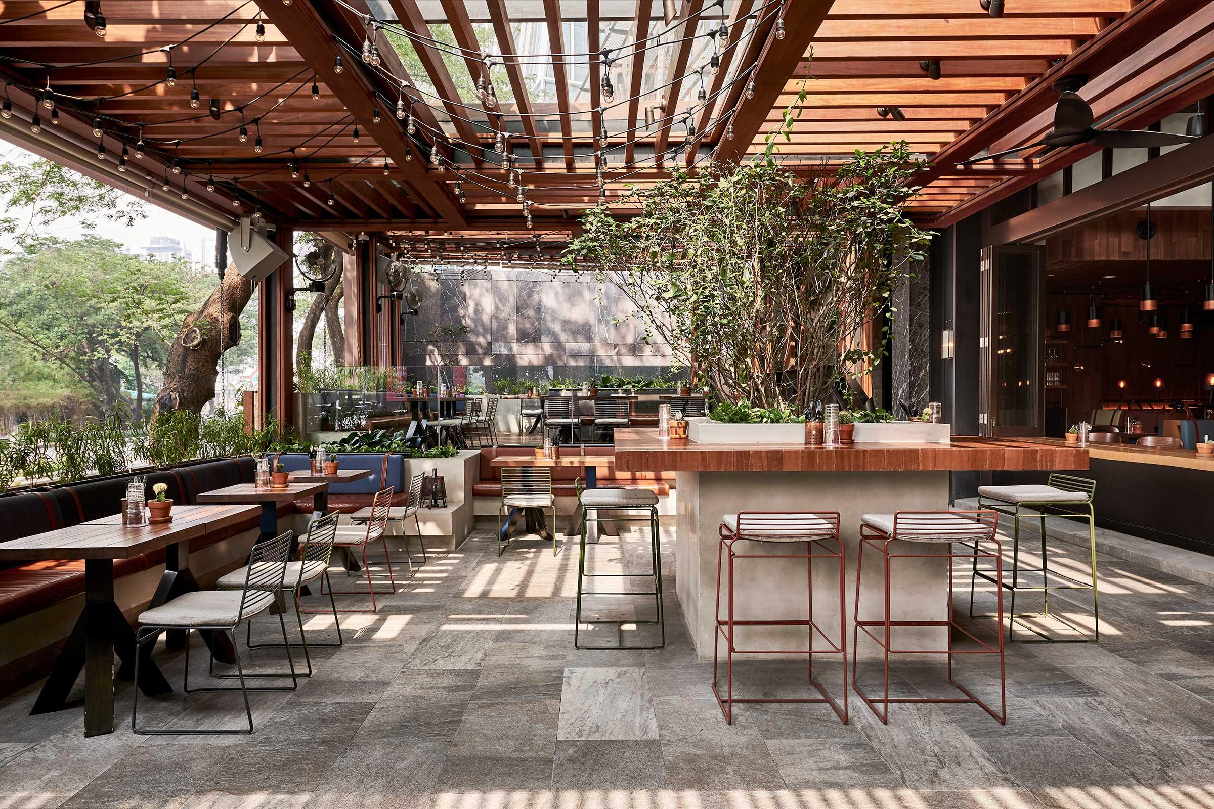 AJS---Dining---Le-Burger---Outdoor-Bar.jpg