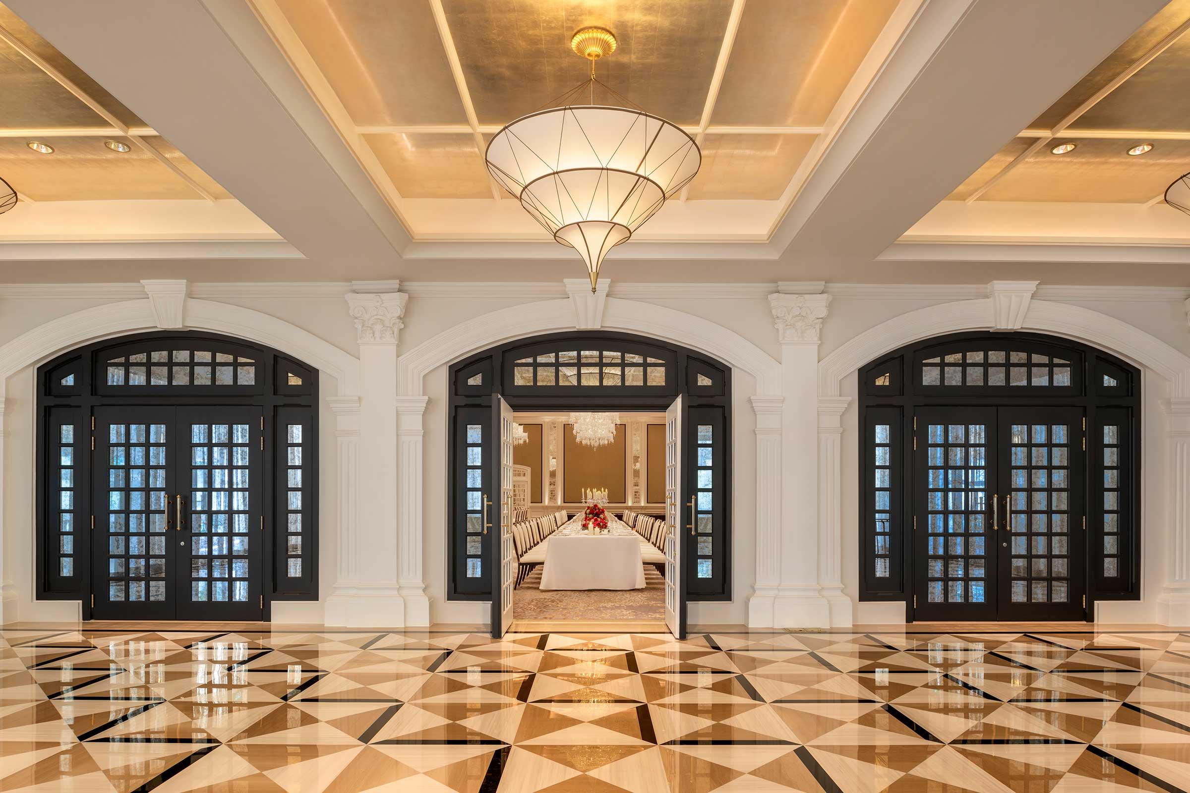 Jubilee-Ballroom_Foyer.jpg
