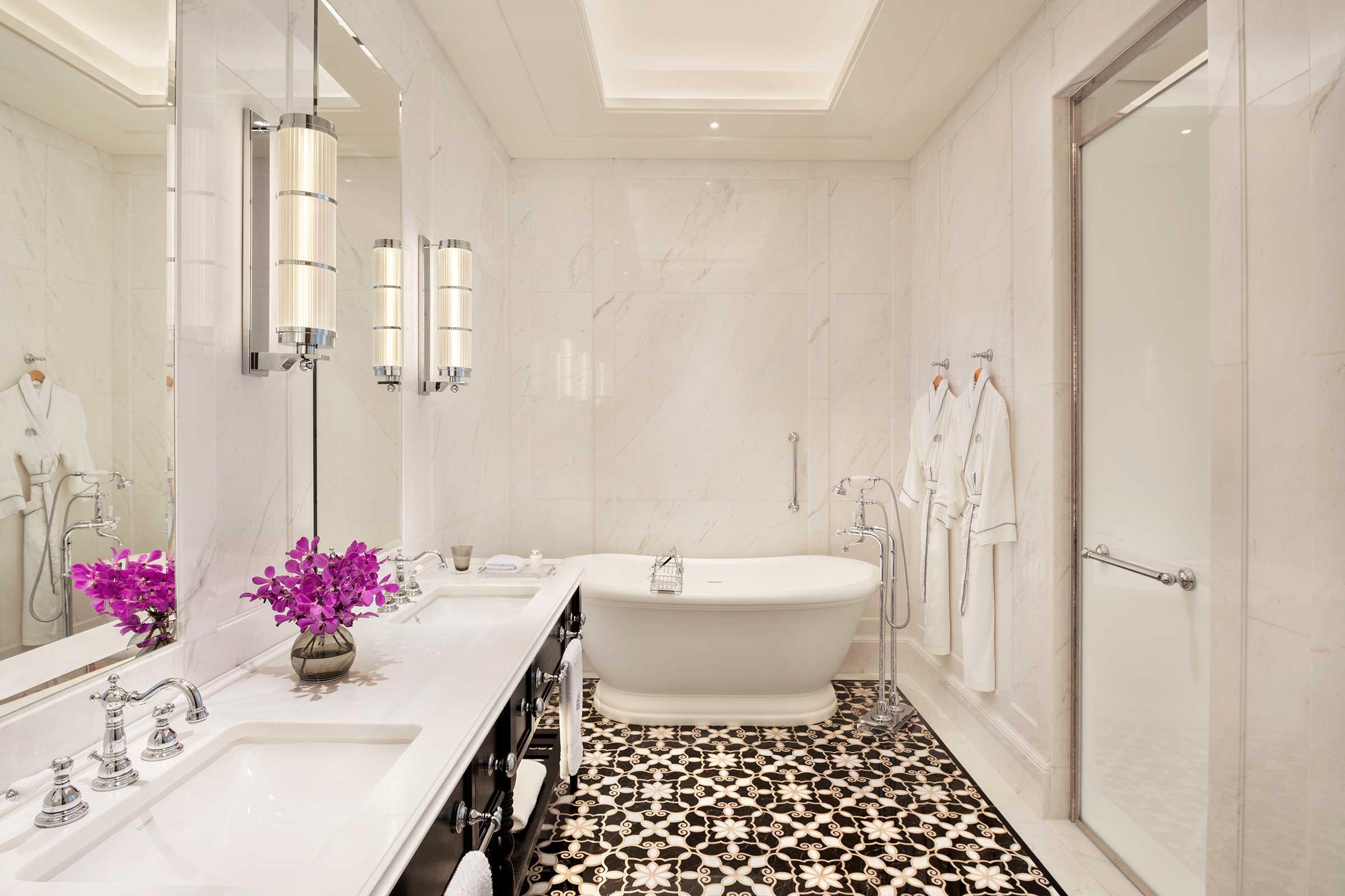 Residence-Suite---Bathroom.jpg