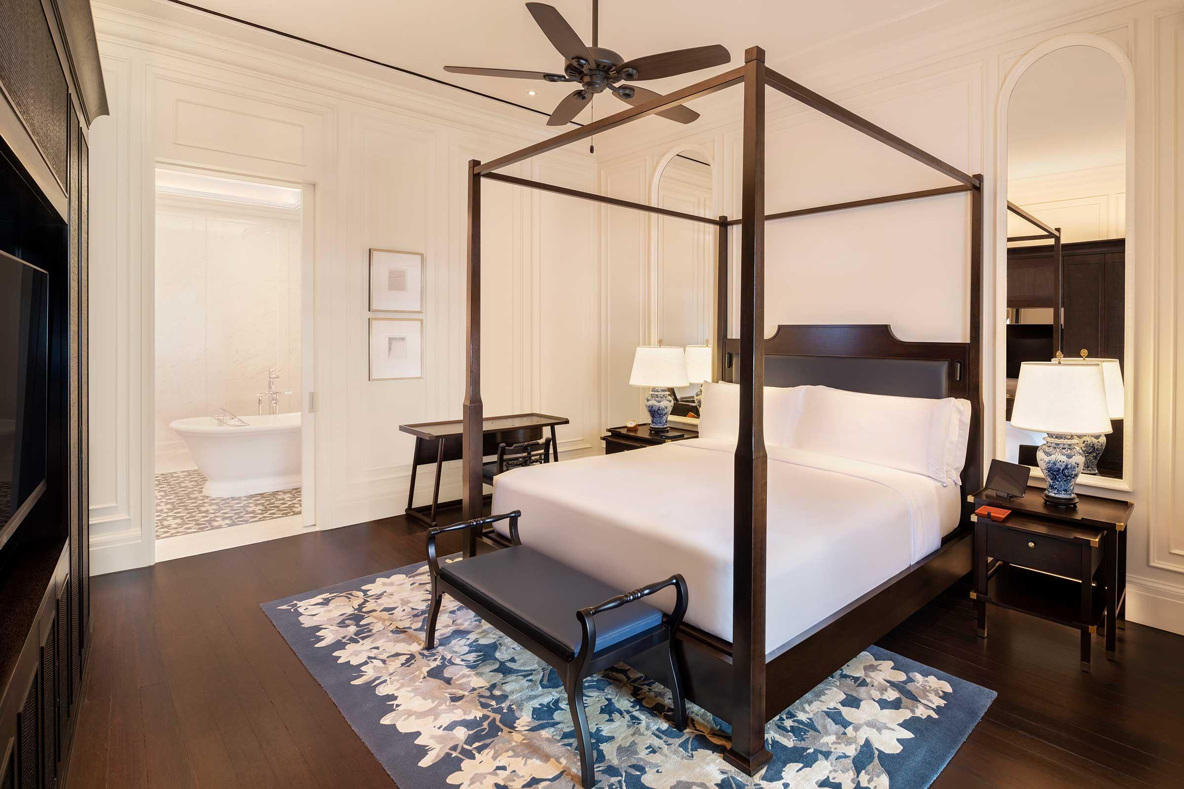 Courtyard-Suite---Bedroom.jpg