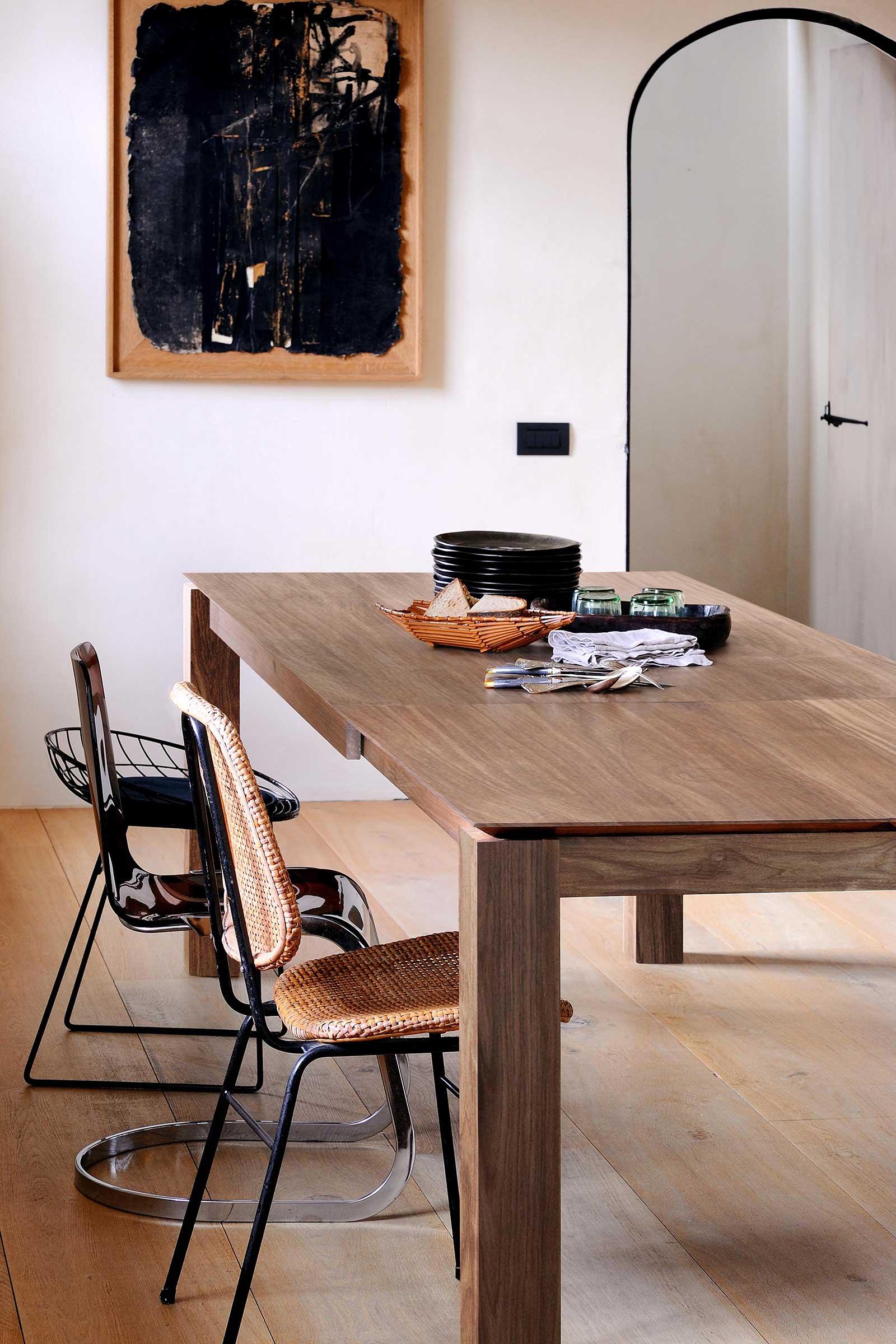 11944-Teak-Slice-extendable-dining-table-(4).jpg